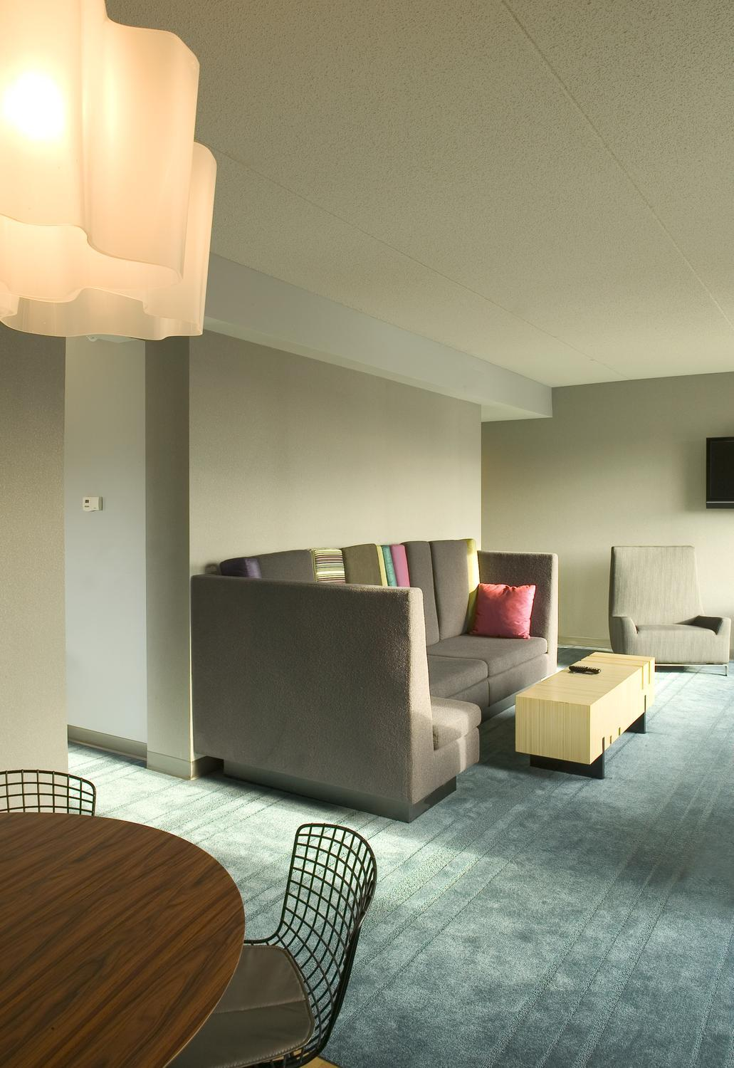 Living room seating area in a guest room in the Aloft Hotel in Minneapolis, MN