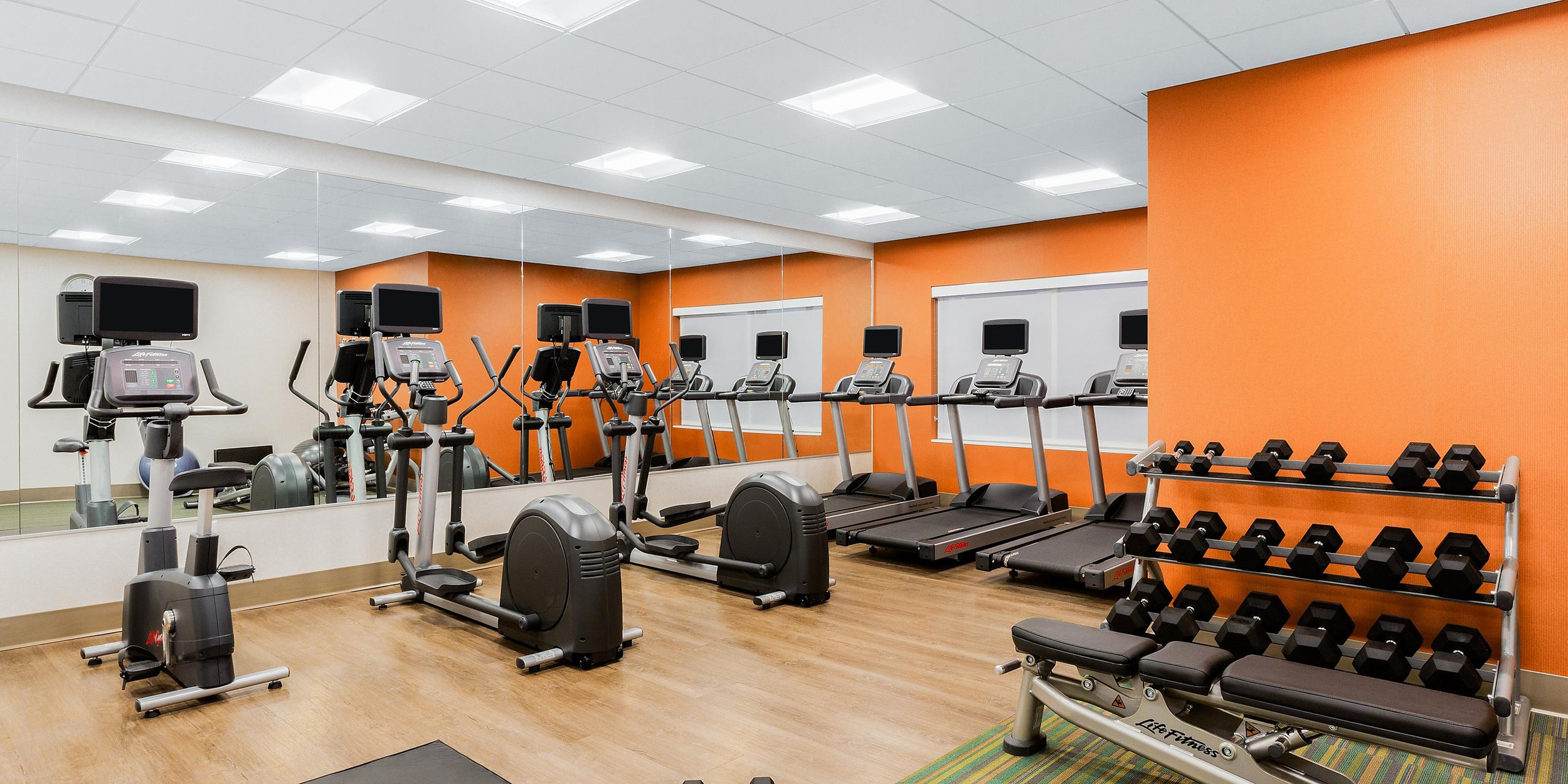 Fitness room in the Holiday Inn Express & Suites in Union Gap, WA