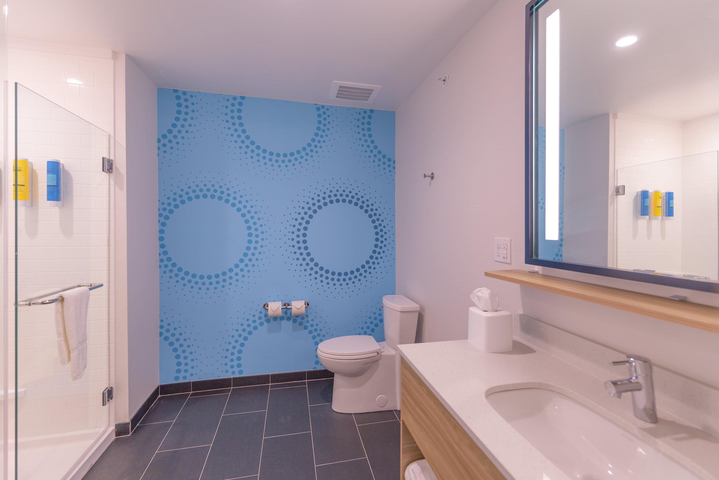 Guest bathroom in Tru by Hilton in Brookfield, WI