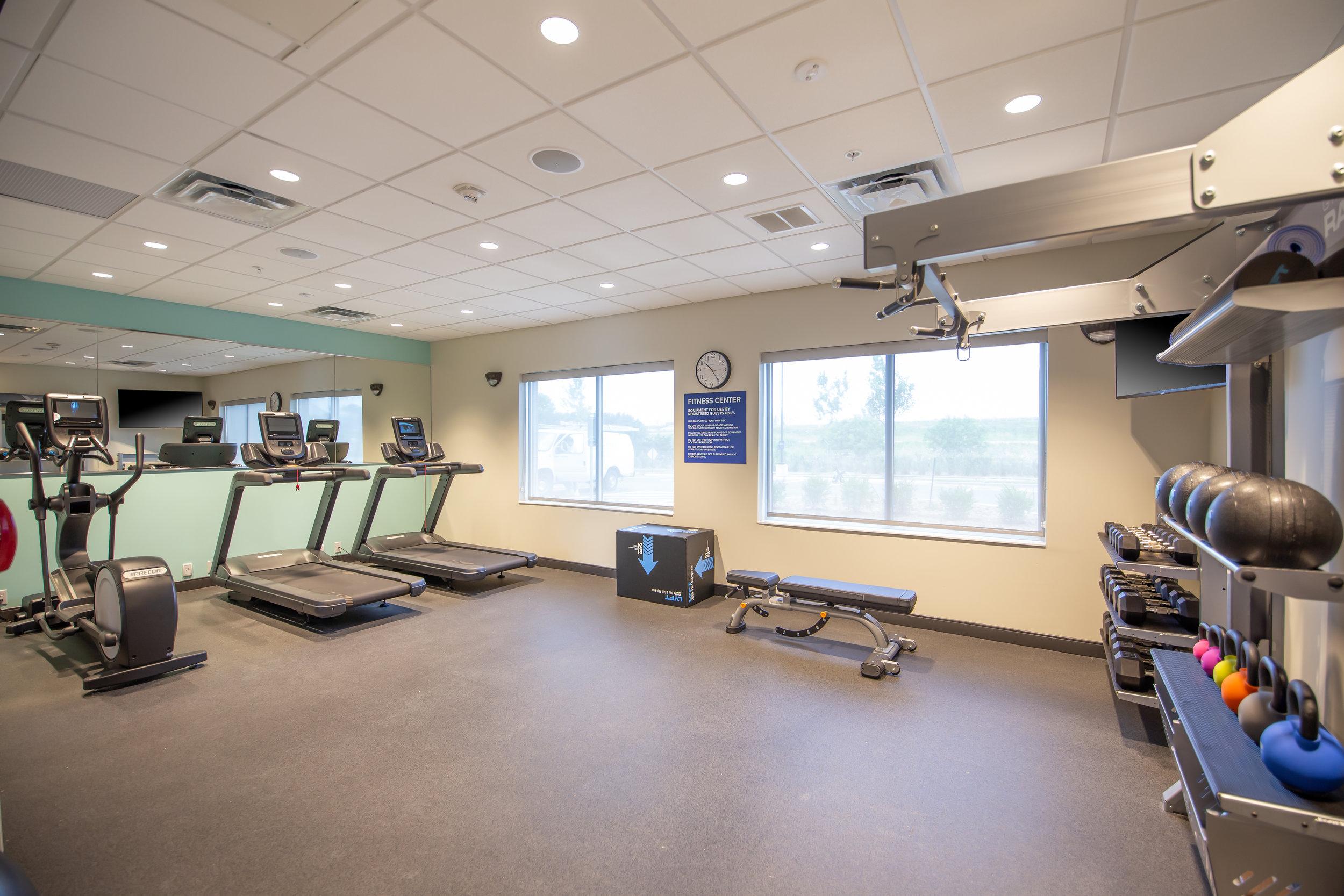 Fitness room in Tru by Hilton in Brookfield, WI