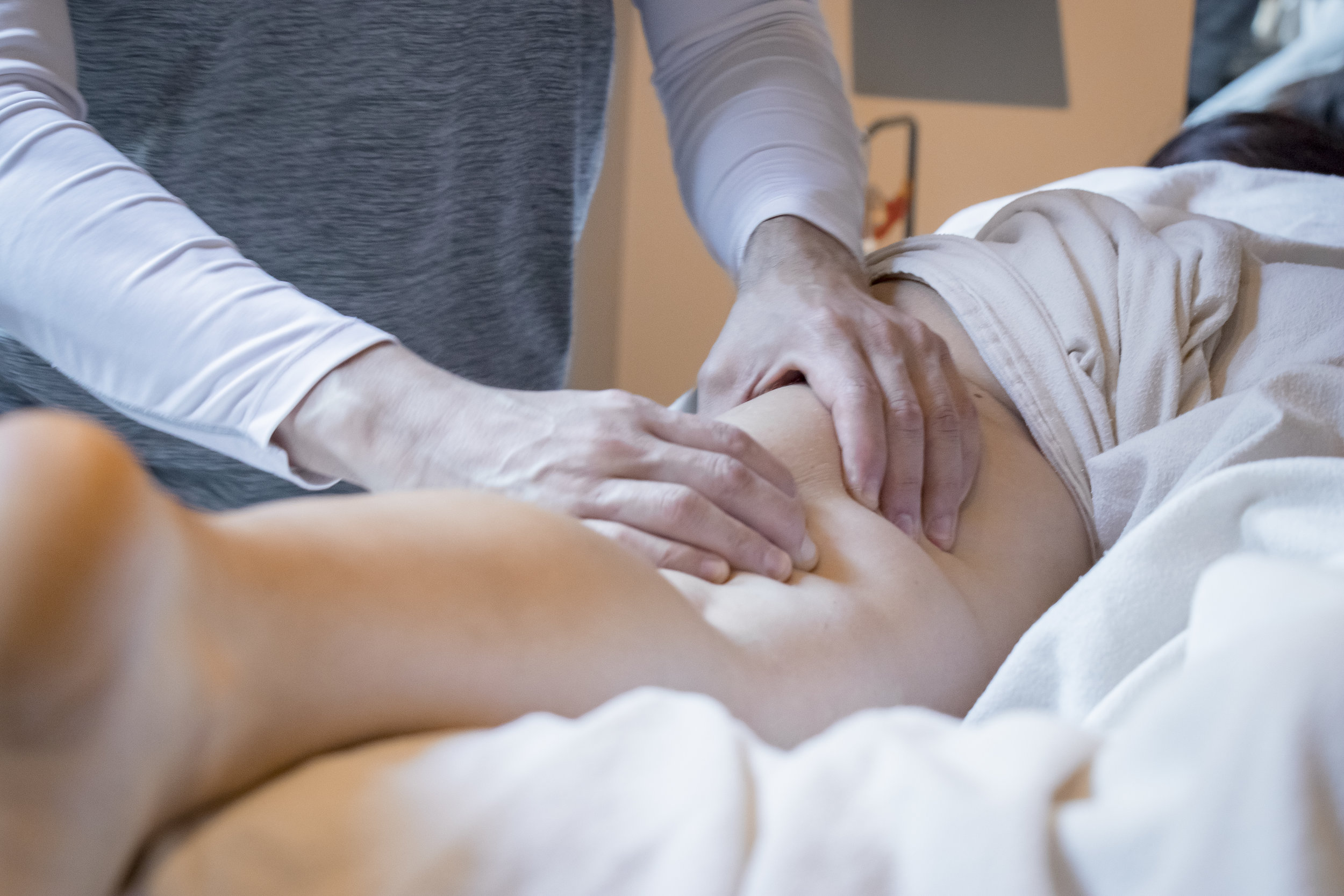 MASSAGE THERAPY 60 MIN - Sports Massage: RECOVER and prevent injuries - designed for all athletic levels.Stress Reduction: RELAX the nervous system and reduce stress.Medical Massage: Treats a variety of diagnosed conditions such as Oncology, Endometriosis, Fibromyalgia, Auto-immune, and many more.