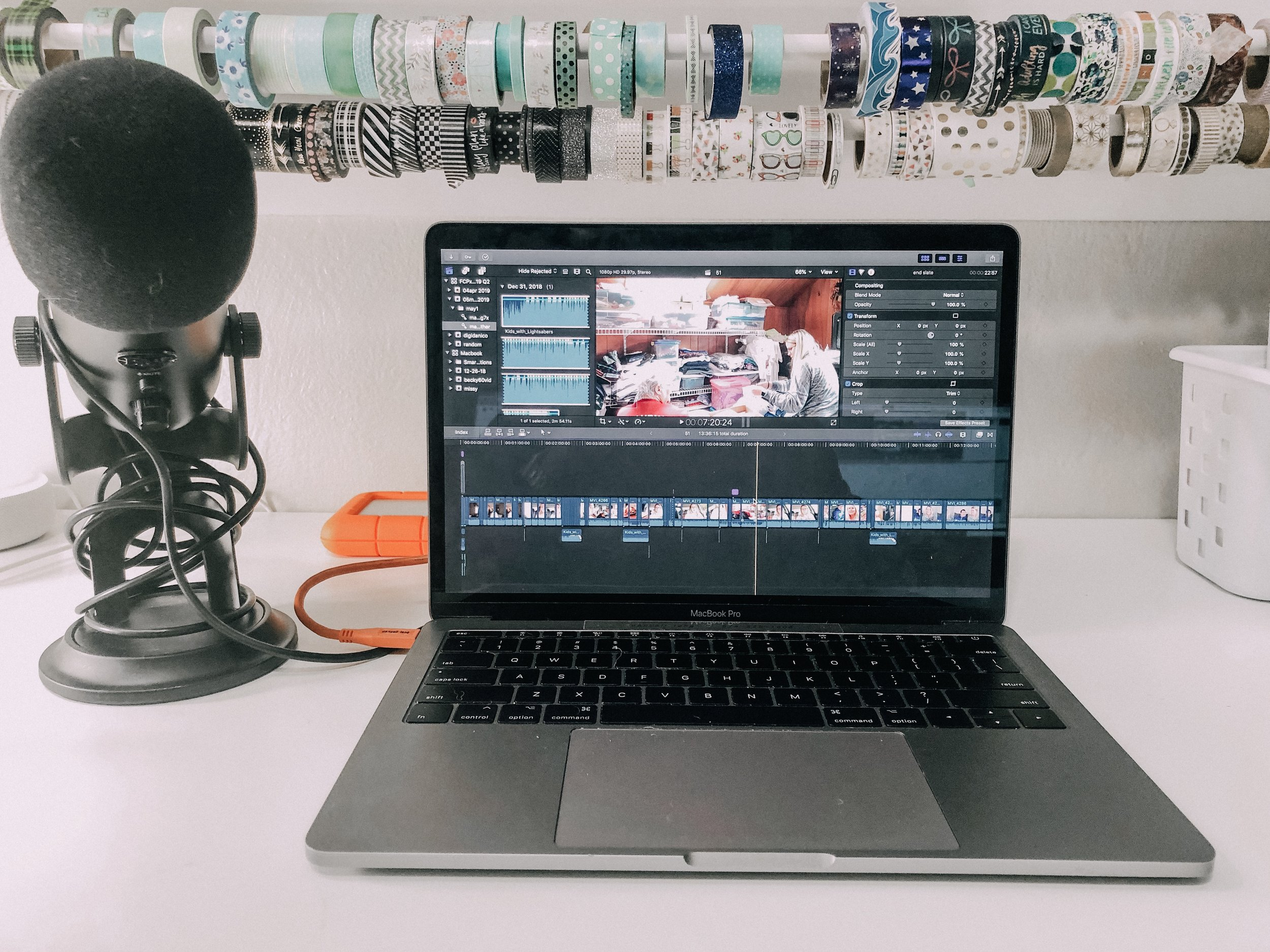 How to edit a vlog--Everything you need to know about editing software