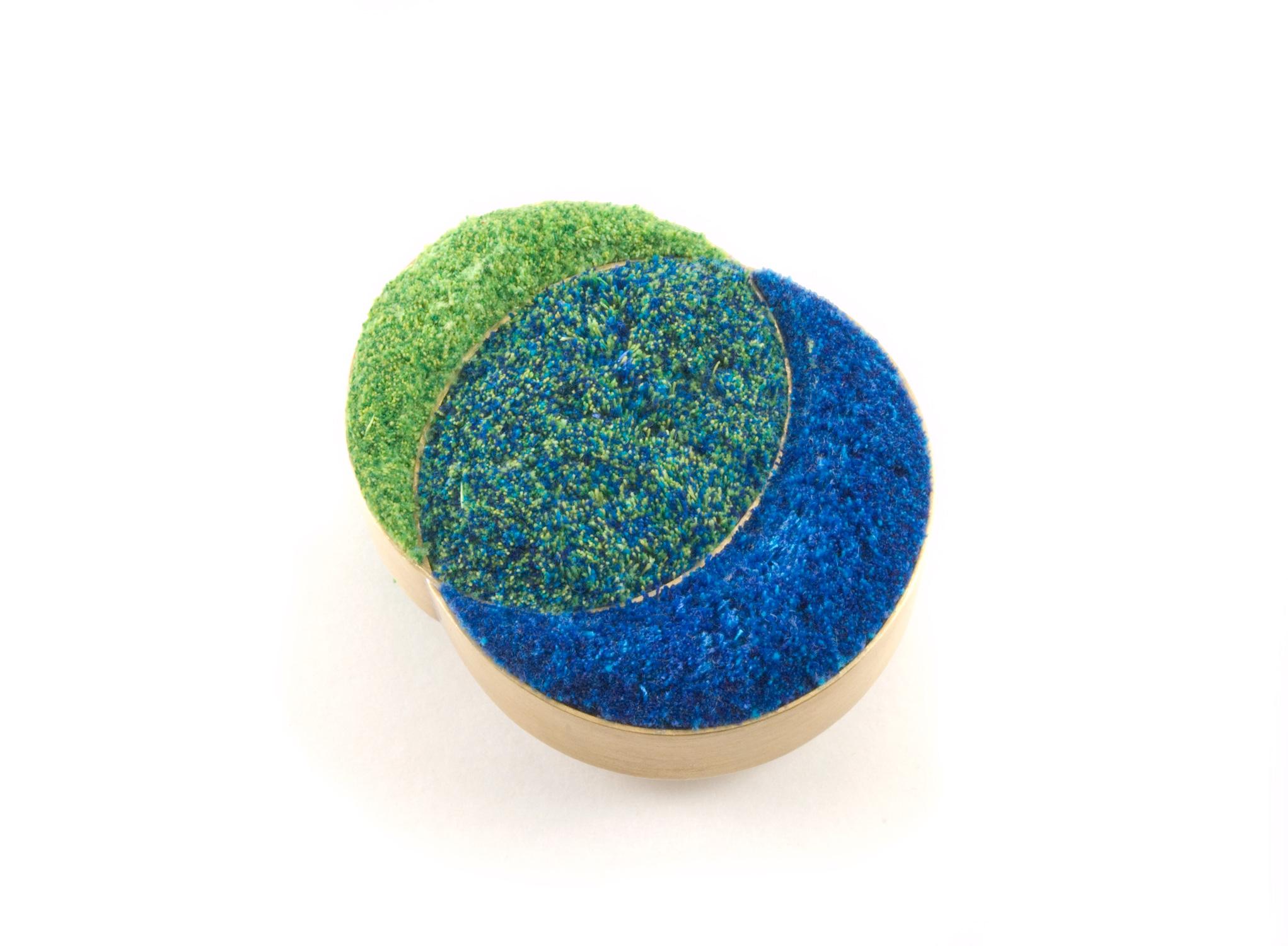Blue-green-blend-brooch.jpg