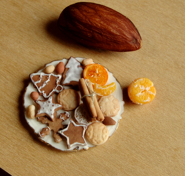 1_12_scale_cookies_and_nuts_by_fairchildart-d8ax7np.jpg