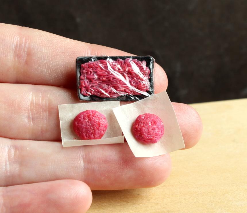 rawhamburgermeat.JPG