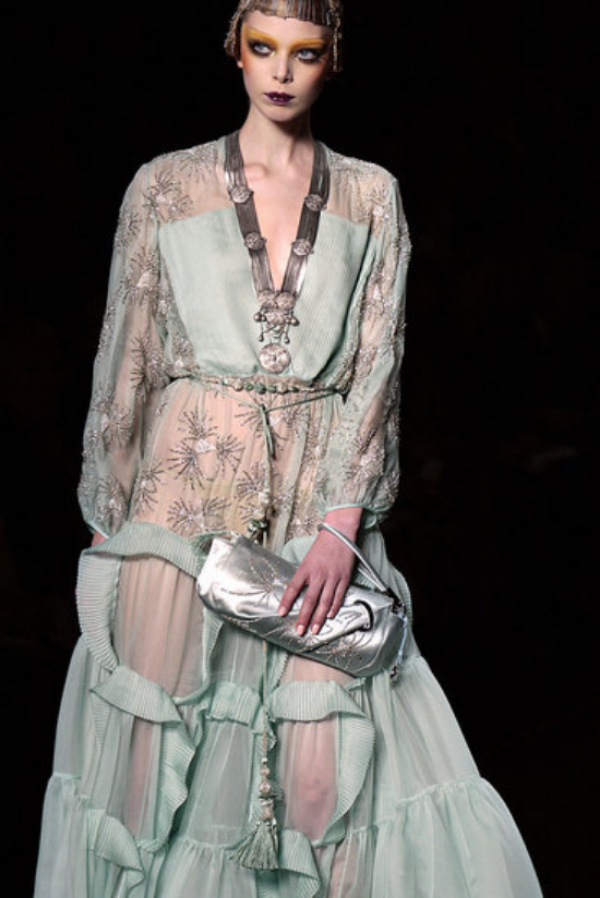 John Galliano for Christian Dior's Fall 2009 ready-to-wear collection. Inspired by Paul Poiret.