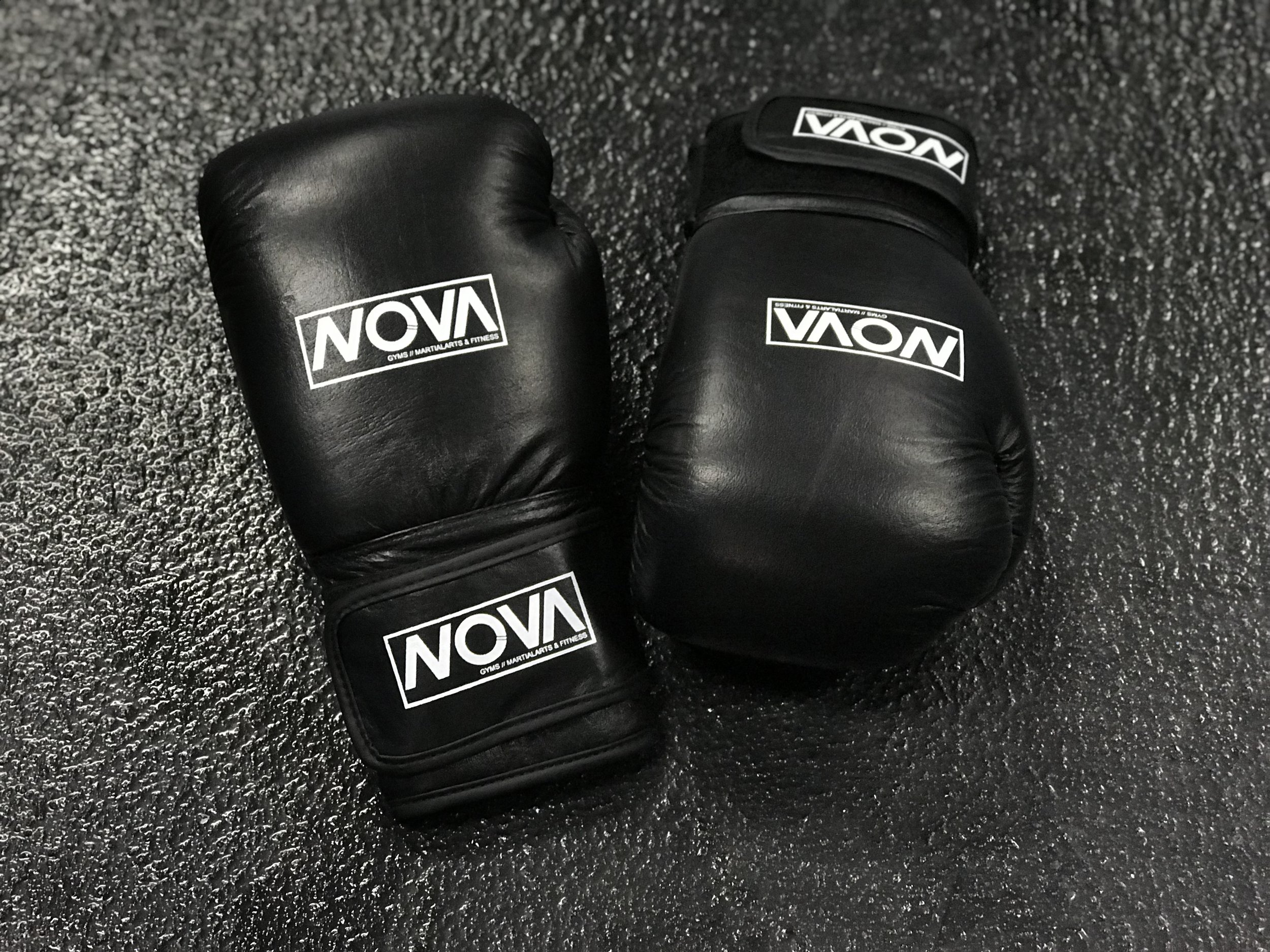 12oz and 16oz Boxing Gloves