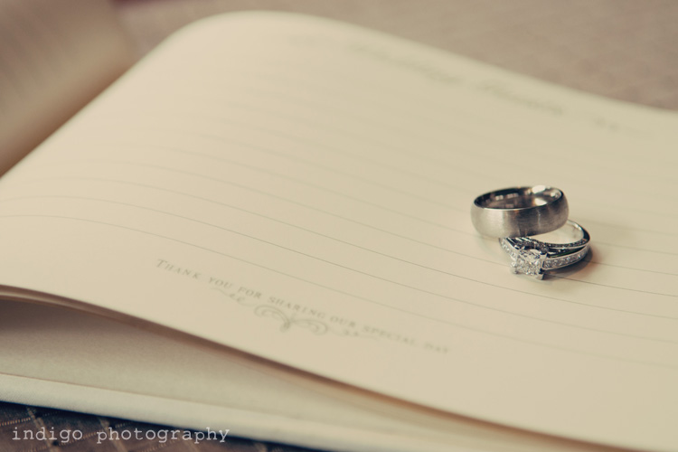 wedding-rings-rockford-il-photographer