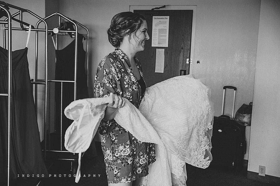 mendelssohn-performing-arts-wedding-rockford-il-wedding-photographers_1817.jpg