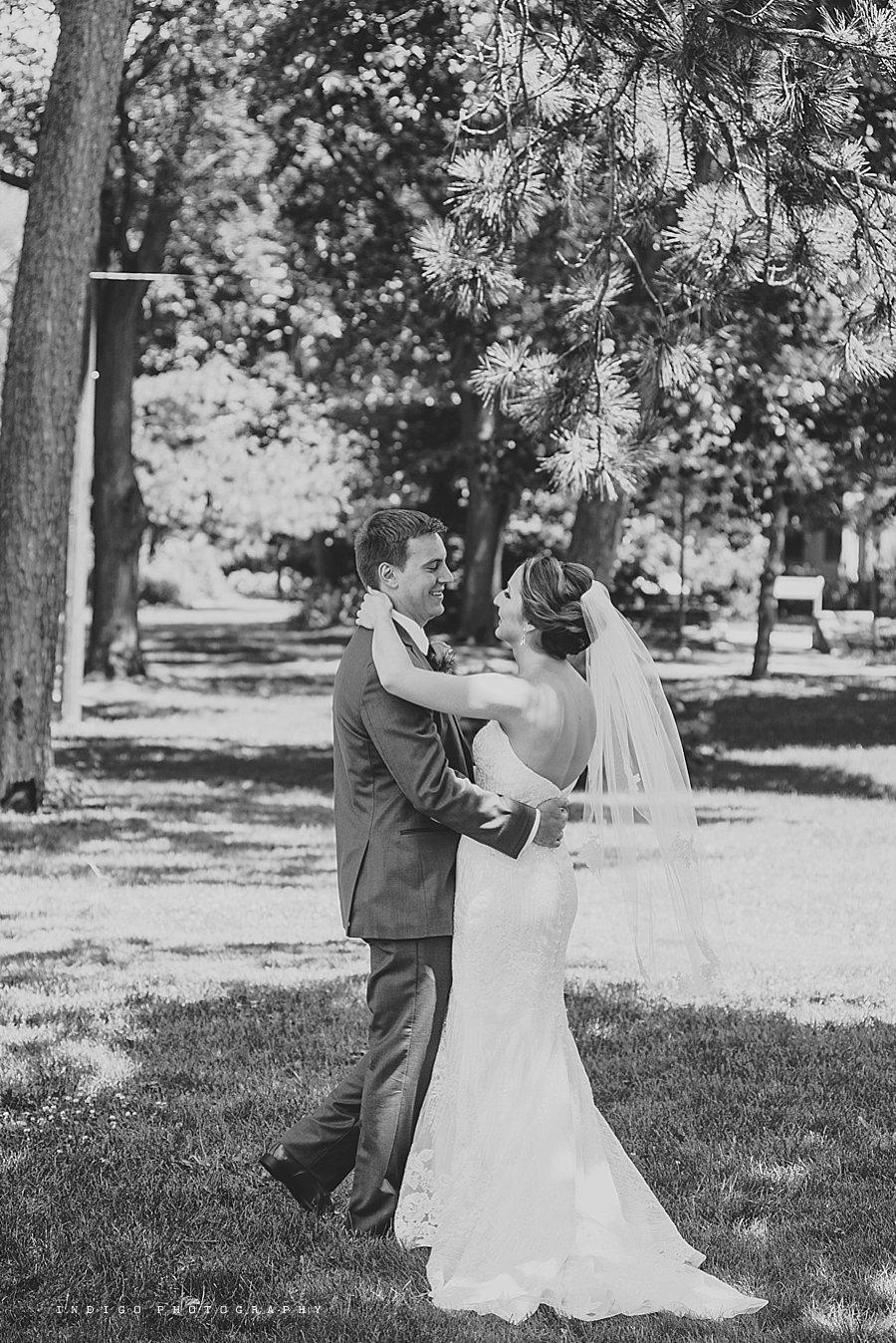 mendelssohn-performing-arts-wedding-rockford-il-wedding-photographers_1869.jpg