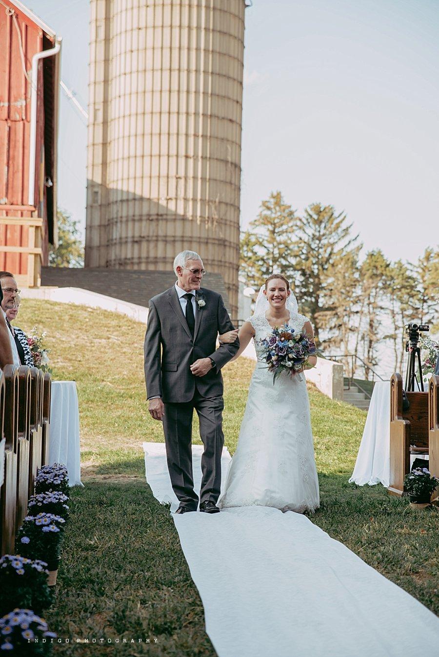 brauer-barn-pecatonica-il-wedding_0095.jpg