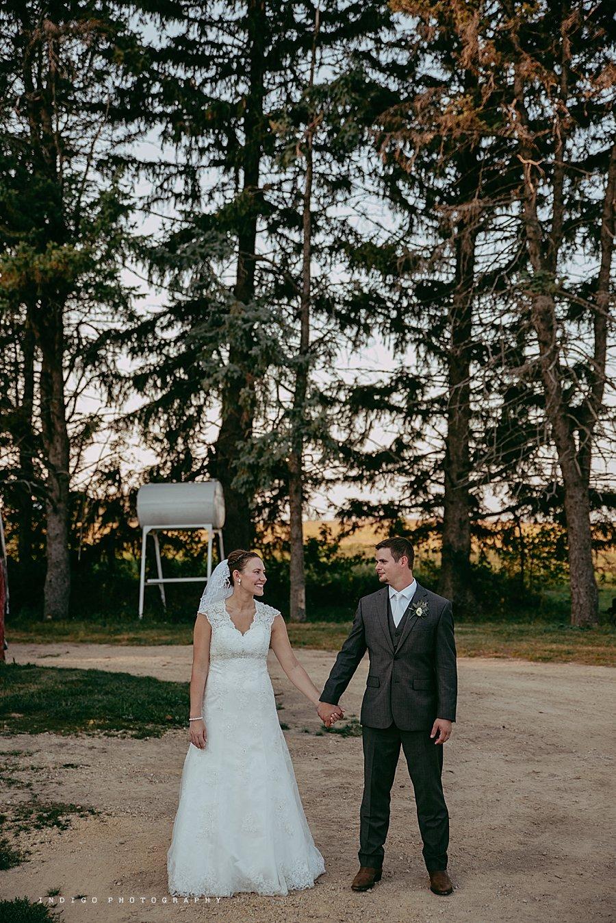 brauer-barn-pecatonica-il-wedding_0144.jpg