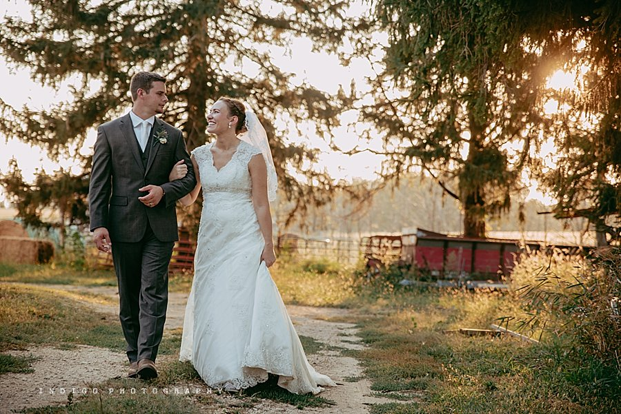 brauer-barn-pecatonica-il-wedding_0139.jpg