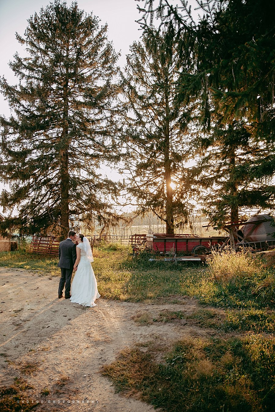 brauer-barn-pecatonica-il-wedding_0140.jpg