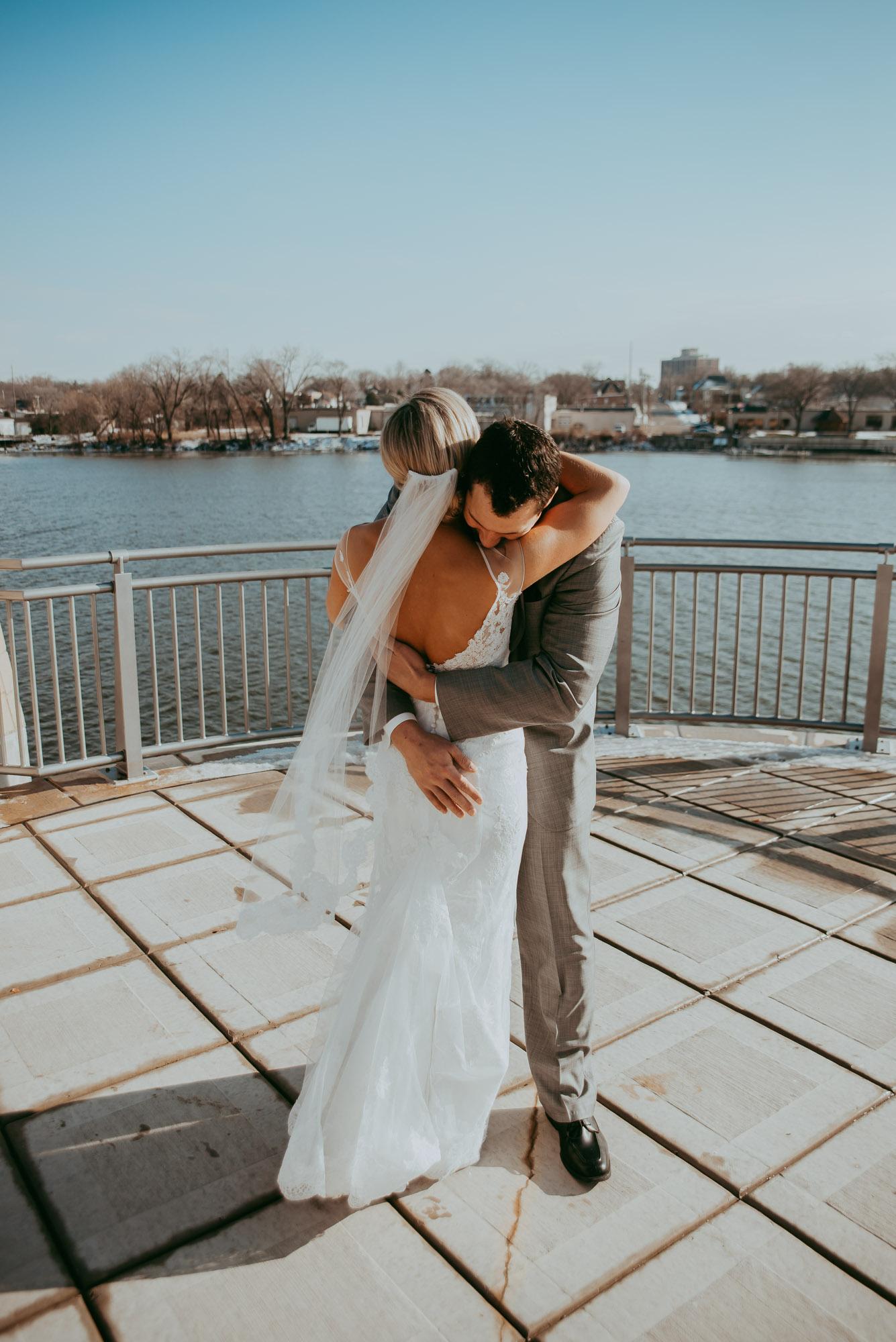 Rockford-IL-wedding-photographers-10.jpg
