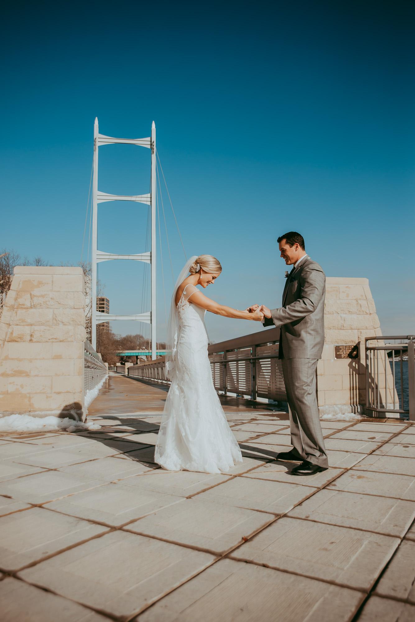 Rockford-IL-wedding-photographers-17.jpg