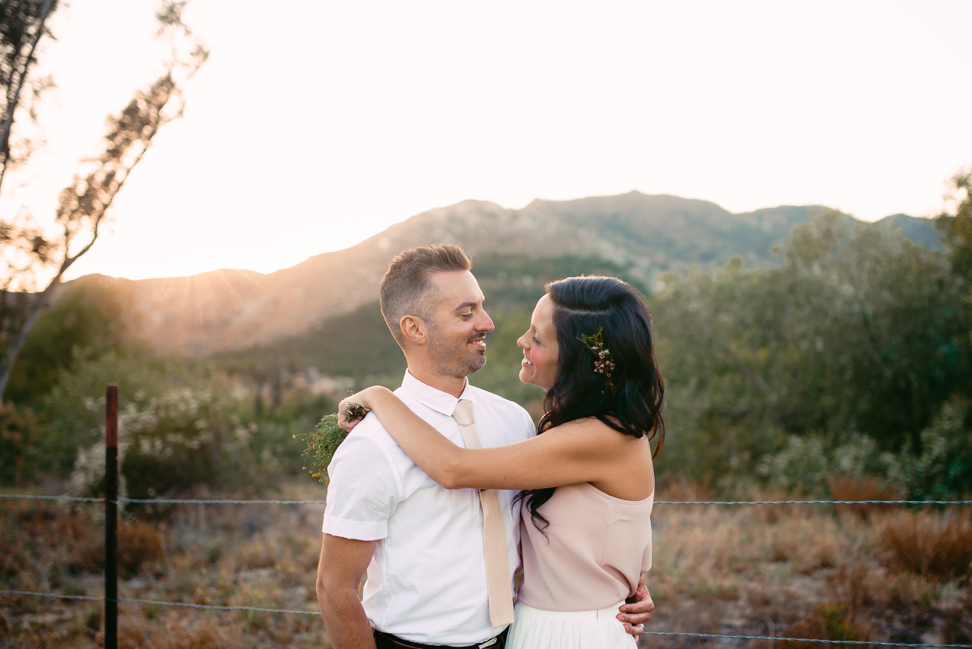 joshua-tree-elopement-photographers.jpg