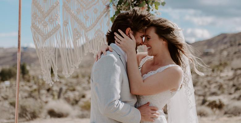 joshua-tree-elopement-wedding-photographers-74.jpg