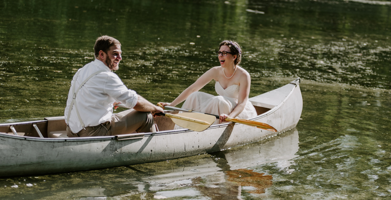 rockford-il-wedding-photographers-canoe-wedding-photos.jpg