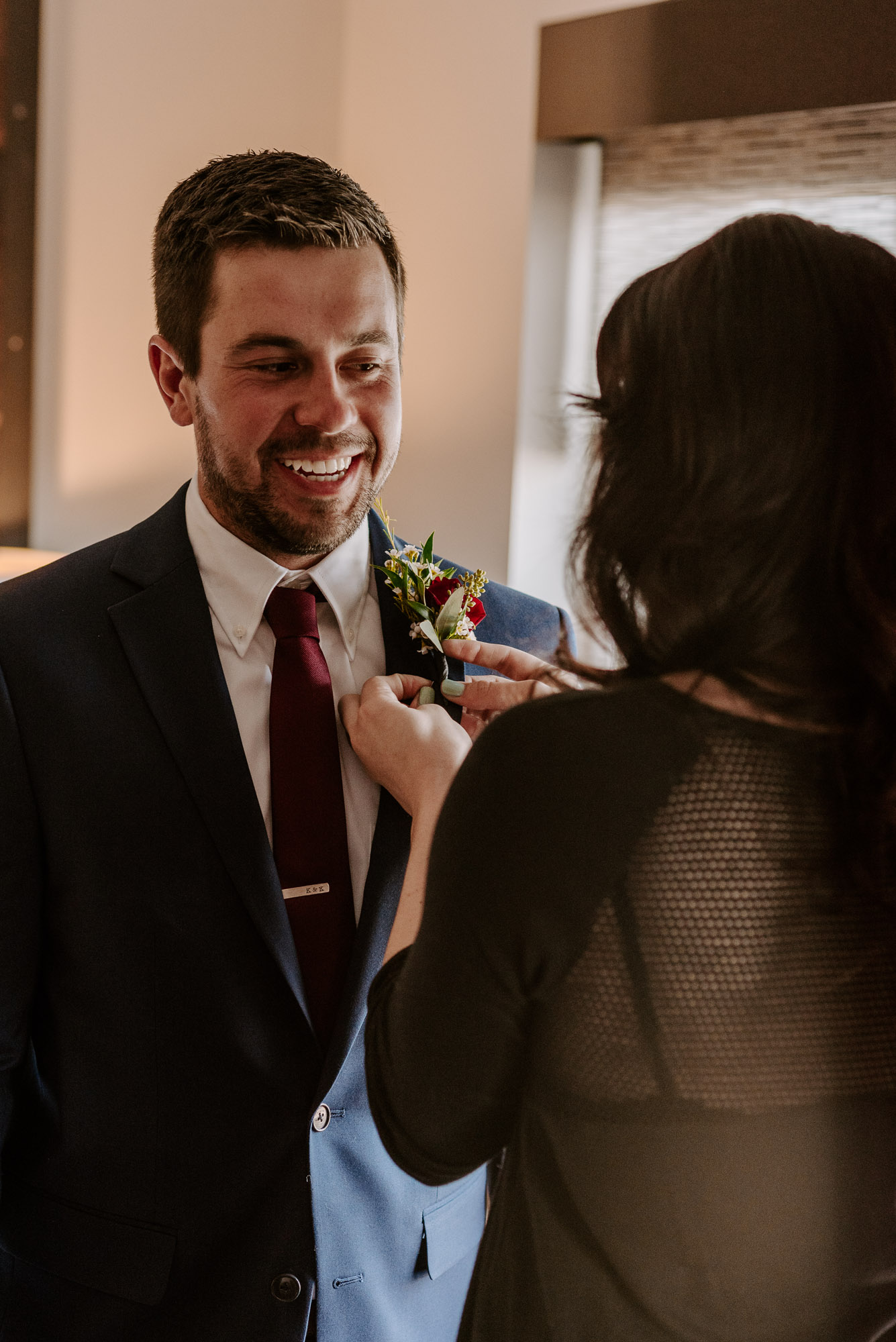 ironworks-hotel-wedding-photos-beloit-wi-wedding-photographers-41.jpg