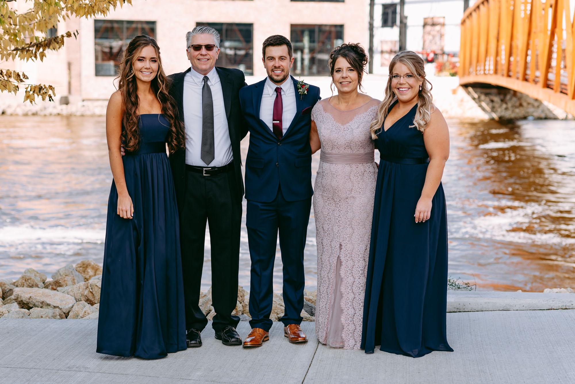 Rockford-IL-wedding-photographers-1-4.jpg