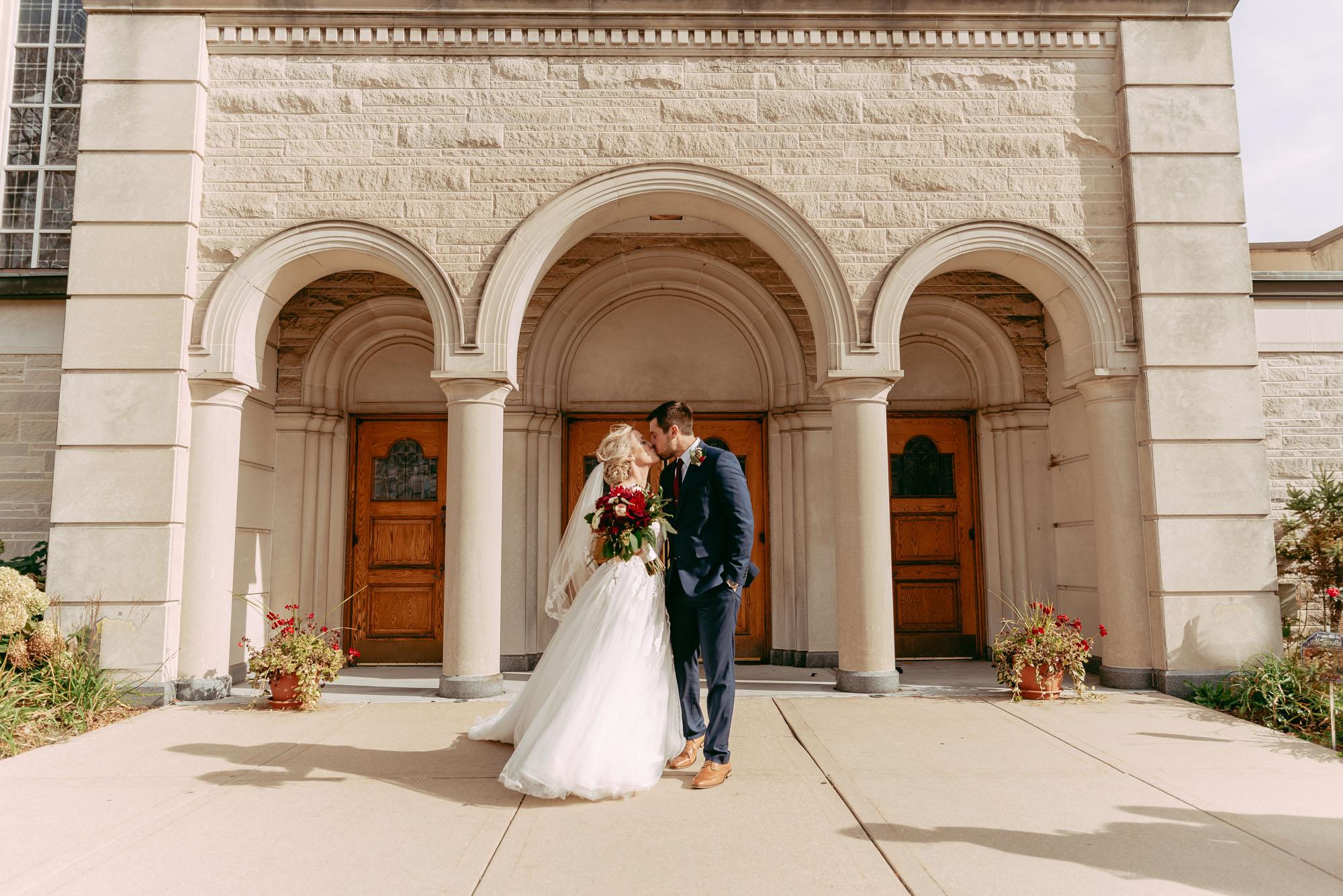 ironworks-hotel-wedding-photos-beloit-wi-wedding-photographers-145.jpg