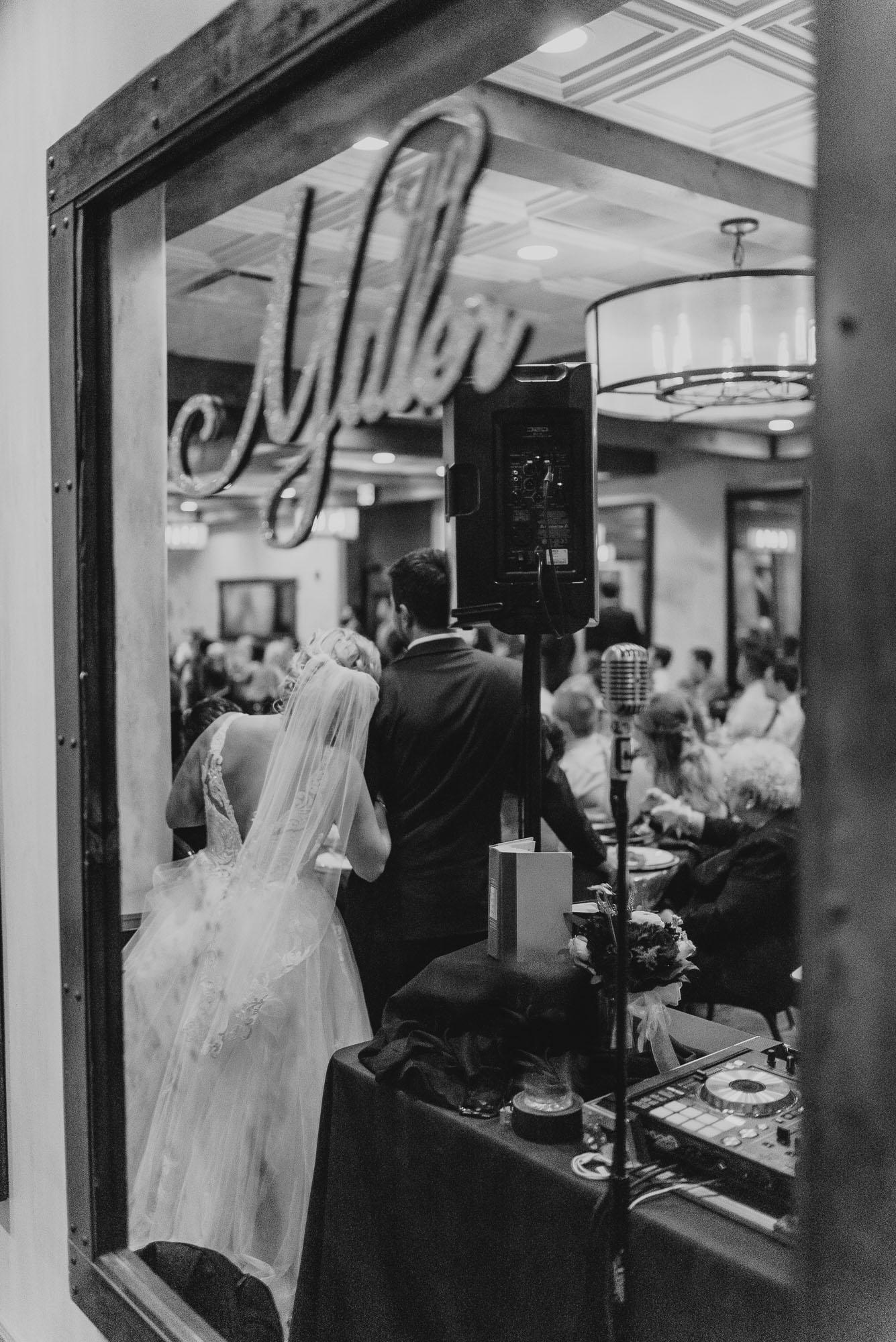 ironworks-hotel-wedding-photos-beloit-wi-wedding-photographers-265.jpg