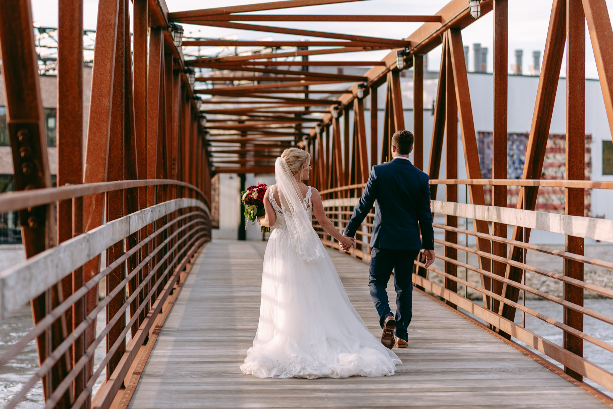Rockford-IL-wedding-photographers-1-8.jpg
