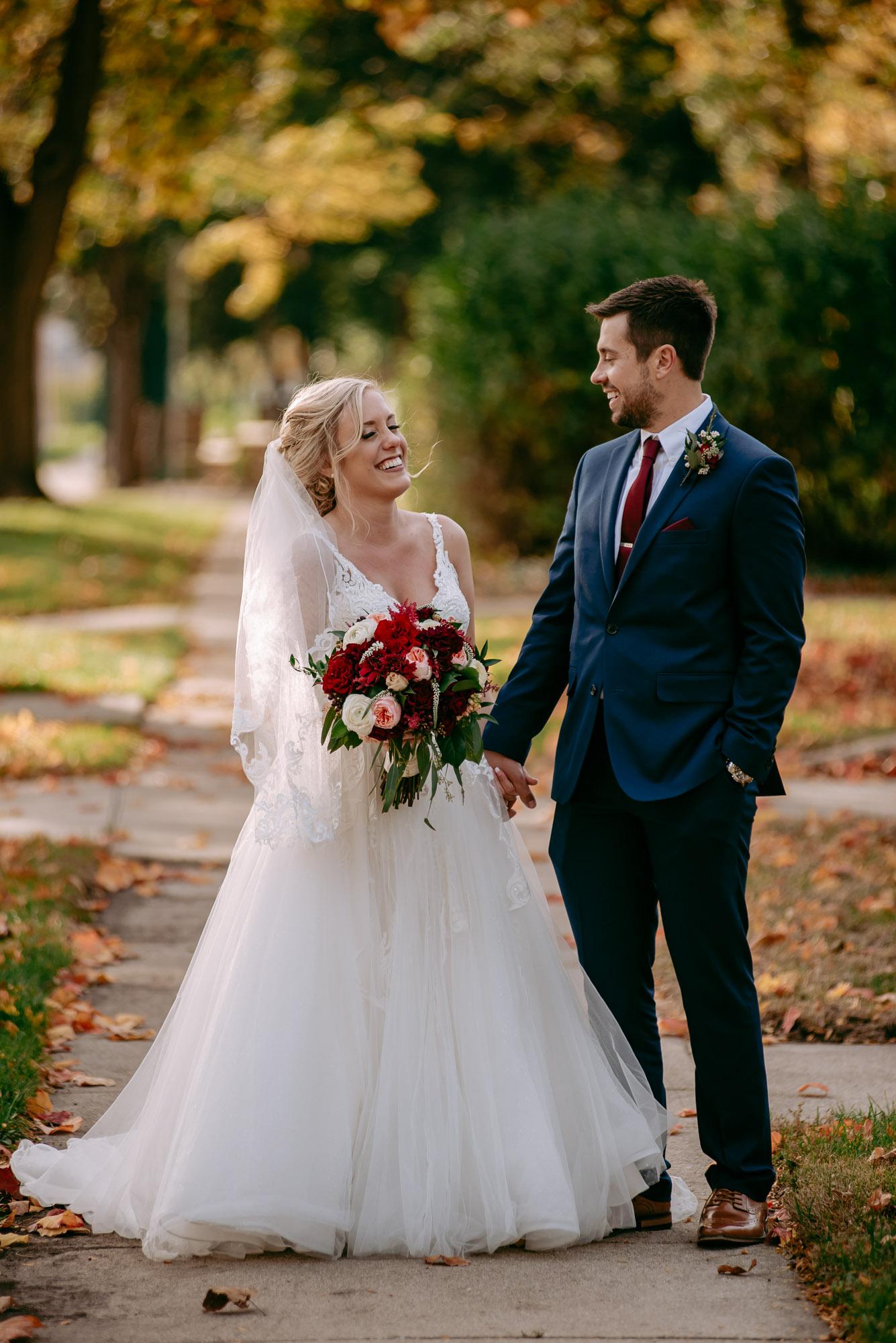 ironworks-hotel-wedding-photos-beloit-wi-wedding-photographers-217.jpg