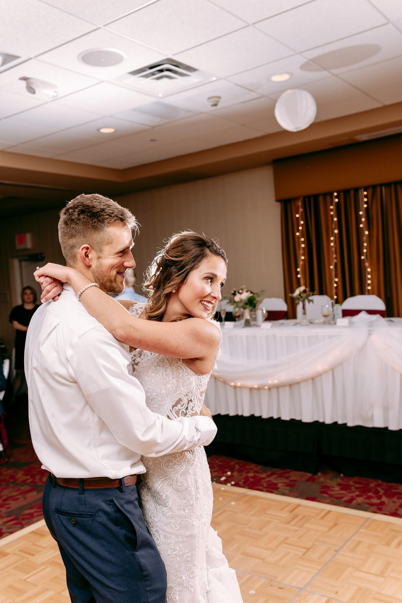 the-standard-rockford-il-wedding-photos-230.jpg
