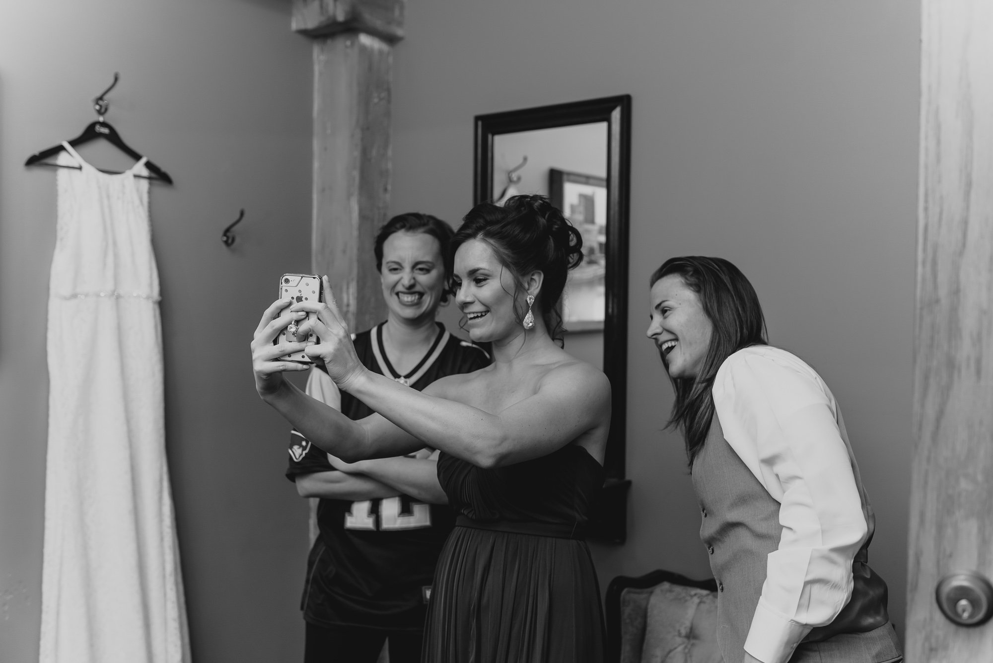 prairie-street-brewhouse-wedding-Rockford-IL-wedding-photographers-21.jpg