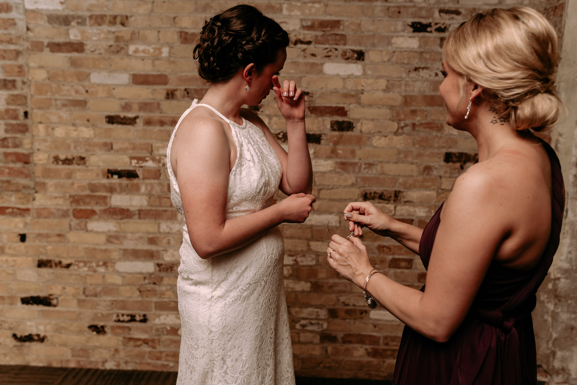prairie-street-brewhouse-wedding-Rockford-IL-wedding-photographers-36.jpg