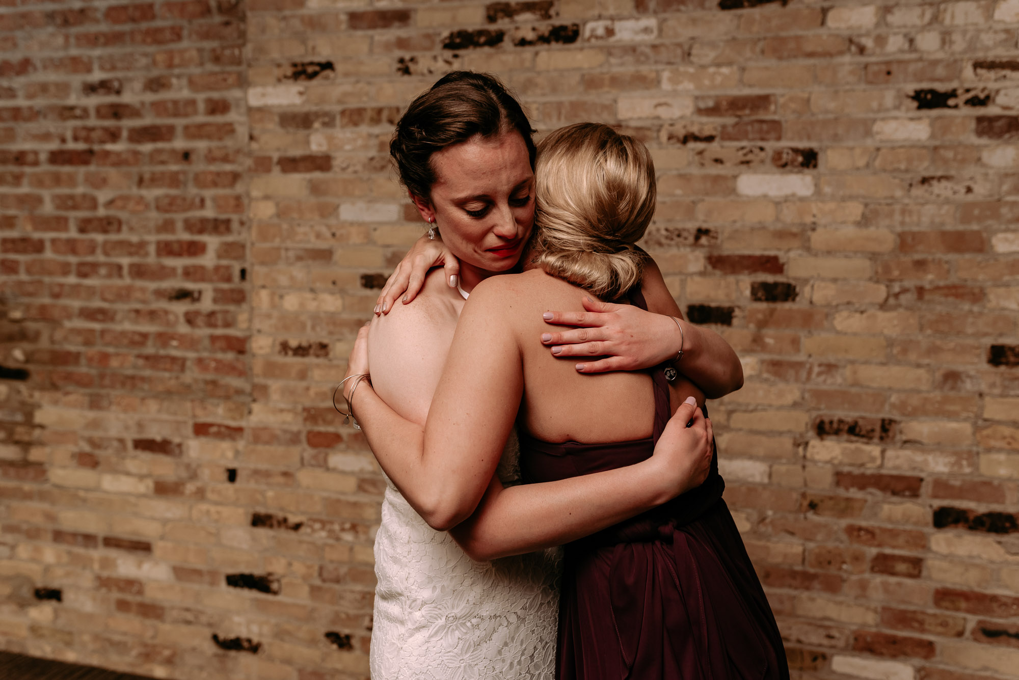 prairie-street-brewhouse-wedding-Rockford-IL-wedding-photographers-40.jpg