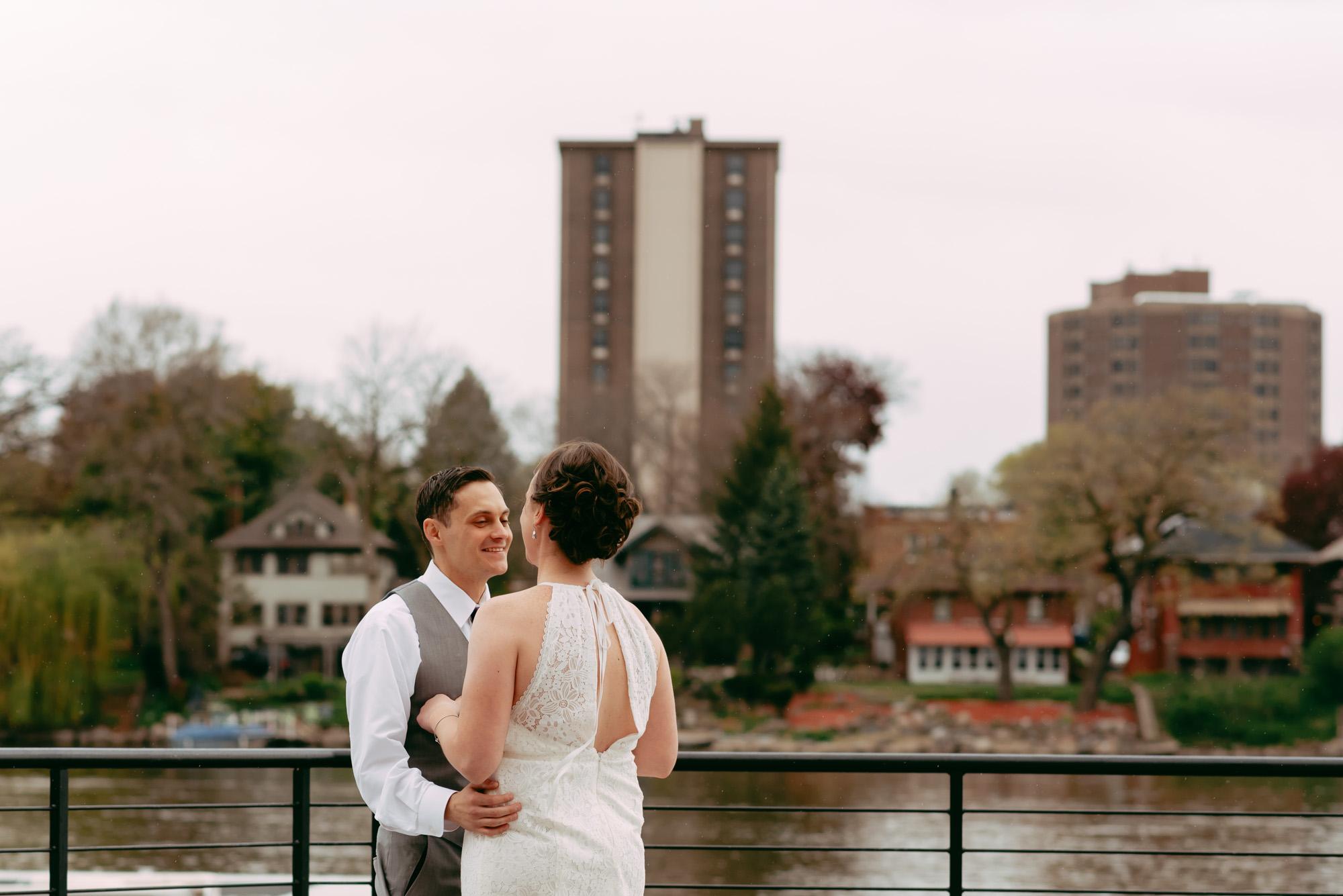 prairie-street-brewhouse-wedding-Rockford-IL-wedding-photographers-58.jpg