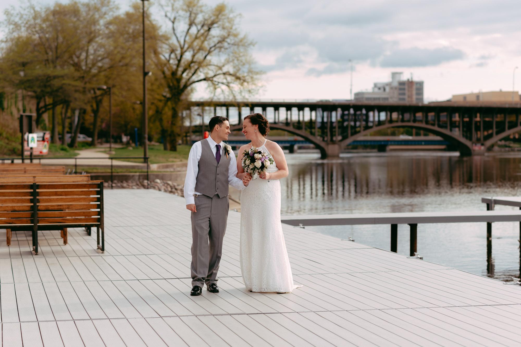prairie-street-brewhouse-wedding-Rockford-IL-wedding-photographers-220.jpg