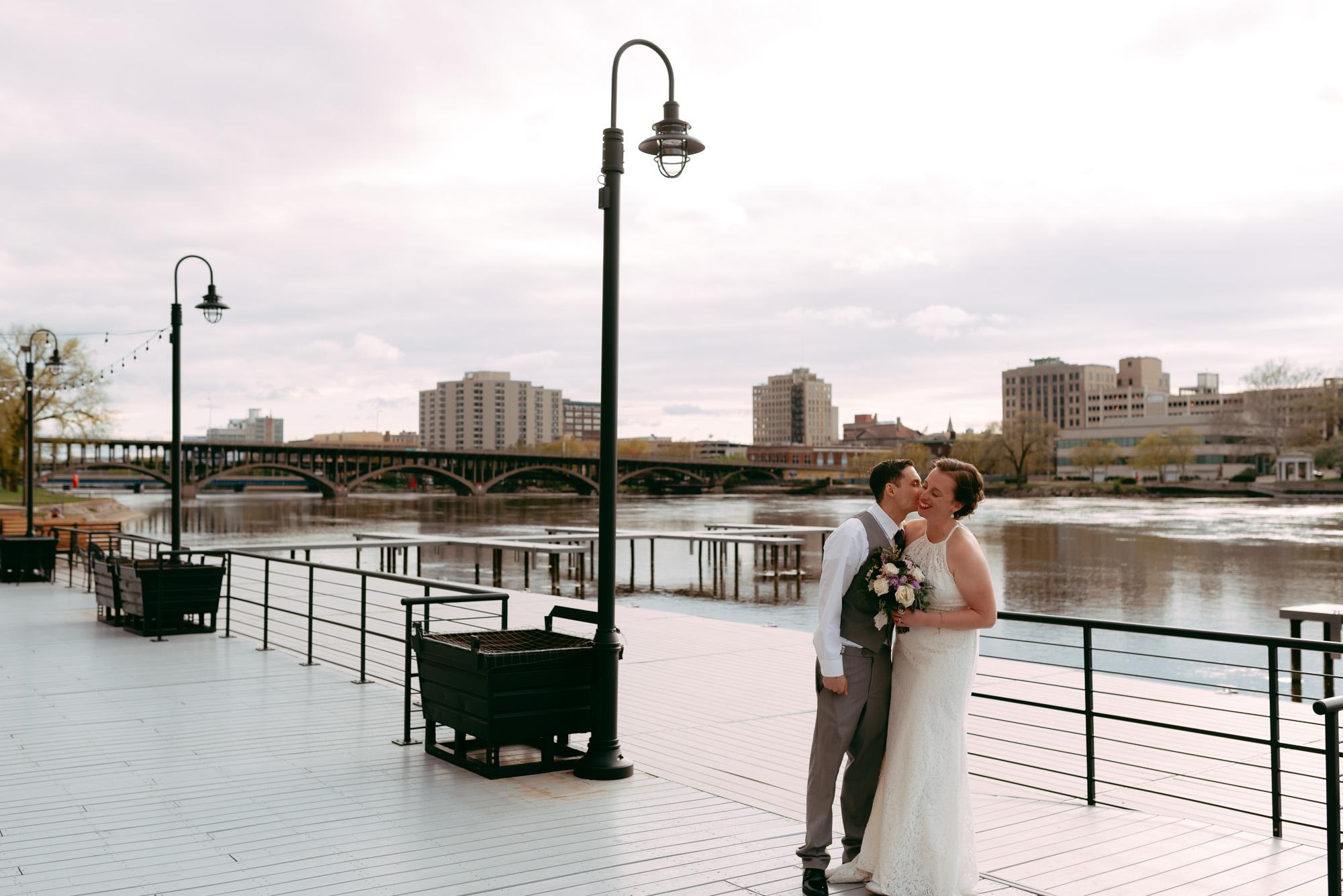 prairie-street-brewhouse-wedding-Rockford-IL-wedding-photographers-219.jpg