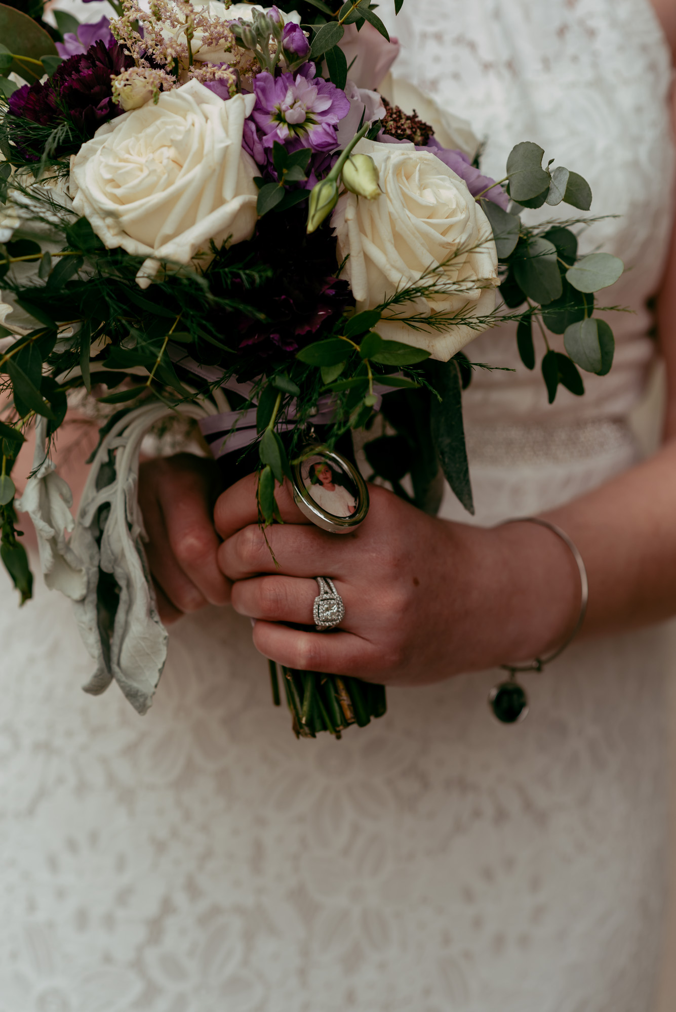 prairie-street-brewhouse-wedding-Rockford-IL-wedding-photographers-196.jpg