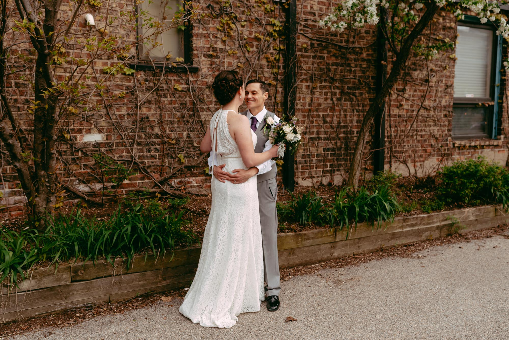 prairie-street-brewhouse-wedding-Rockford-IL-wedding-photographers-194.jpg