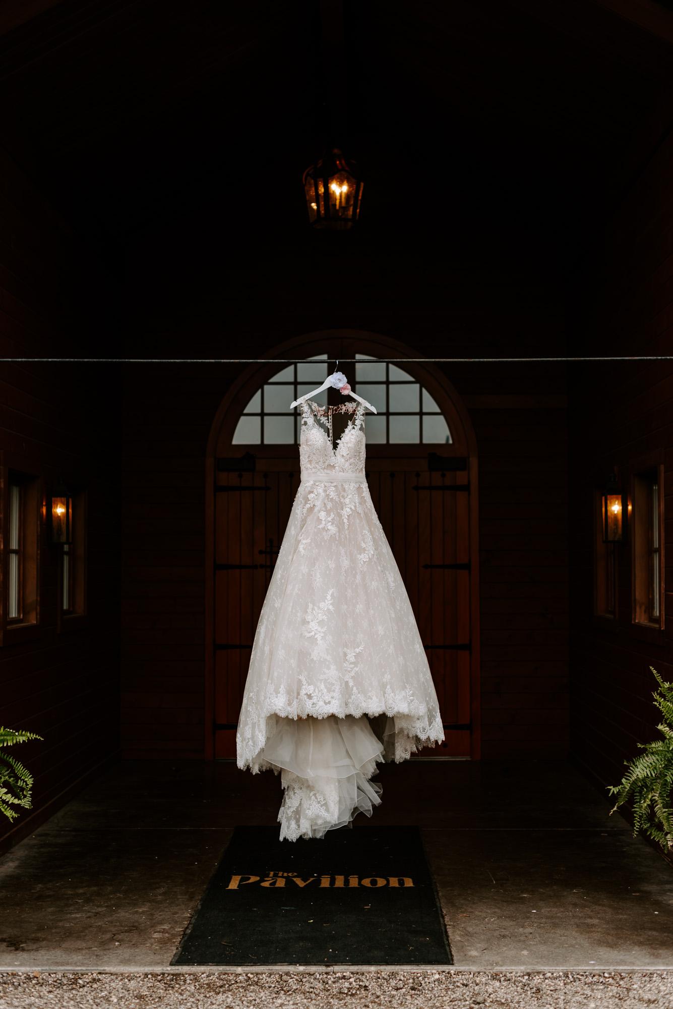 orchard-farms-pavillion-wedding-rockton-IL-wedding-photographers-7.jpg