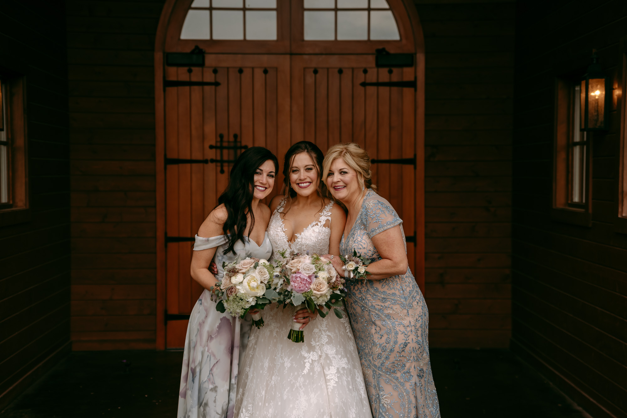 orchard-farms-pavillion-wedding-rockton-IL-wedding-photographers-65.jpg