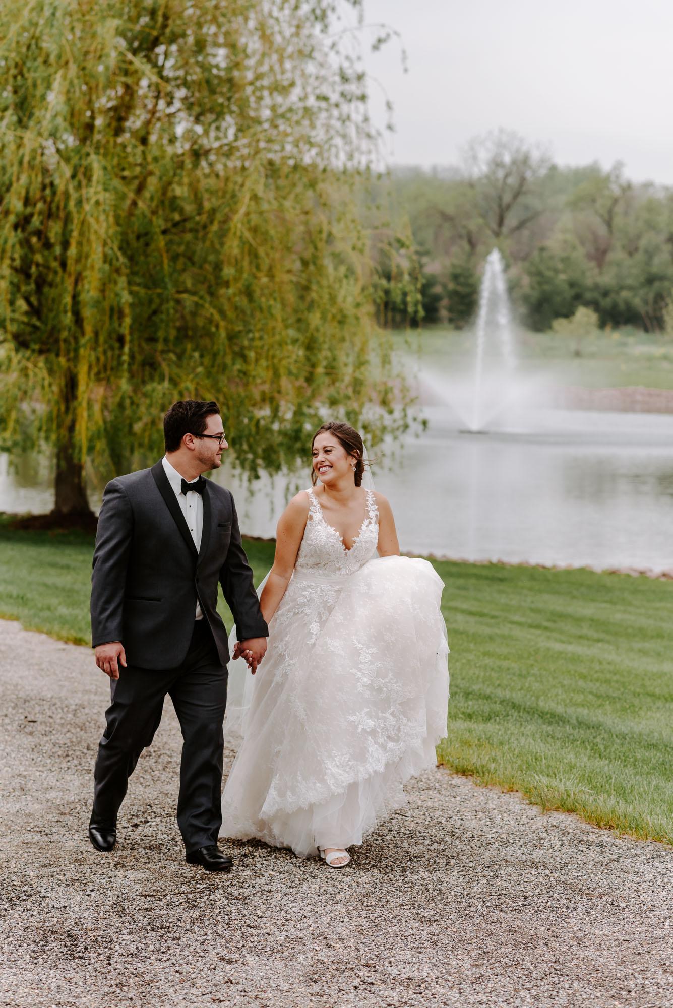 orchard-farms-pavillion-wedding-rockton-IL-wedding-photographers-99.jpg