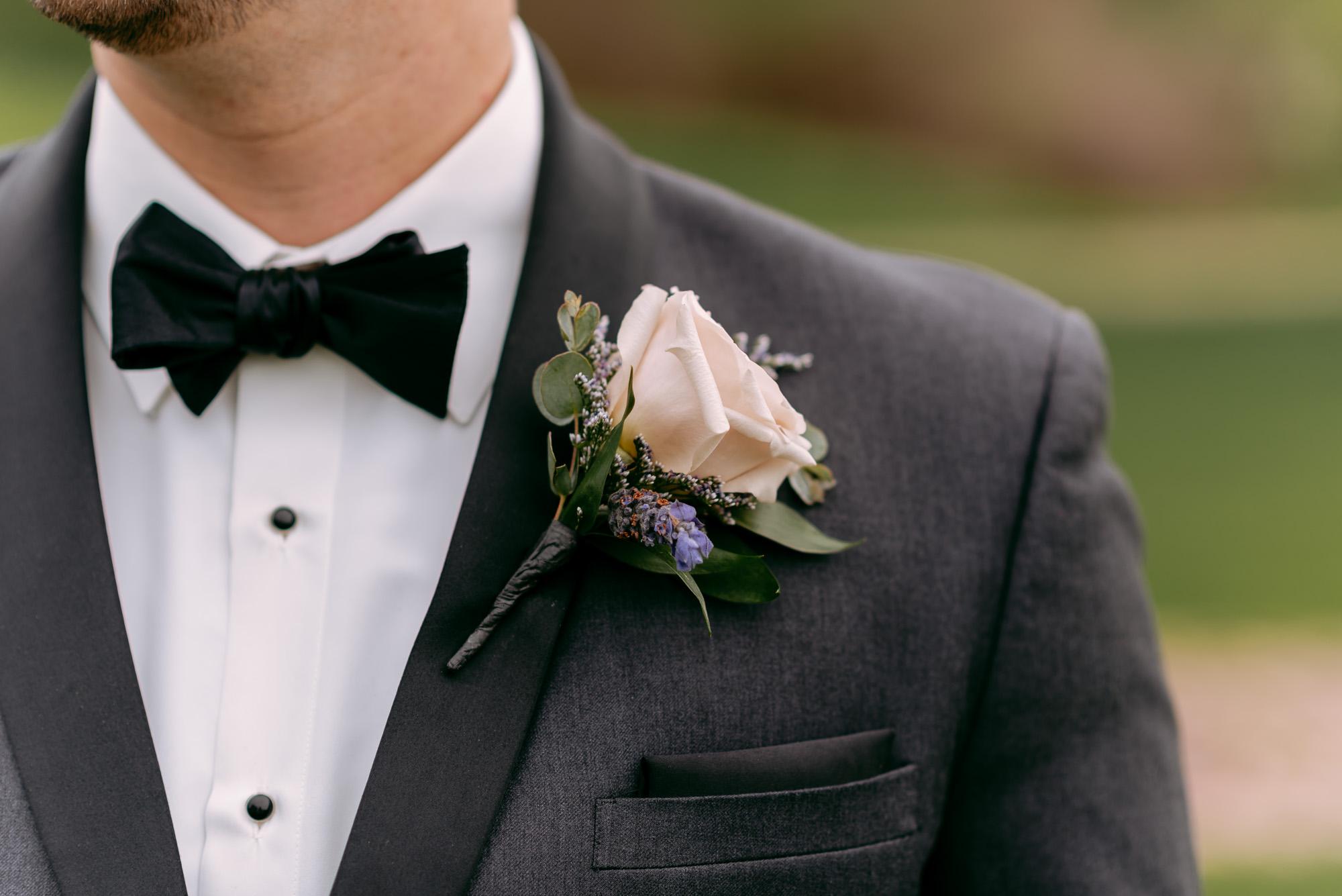 orchard-farms-pavillion-wedding-rockton-IL-wedding-photographers-186.jpg
