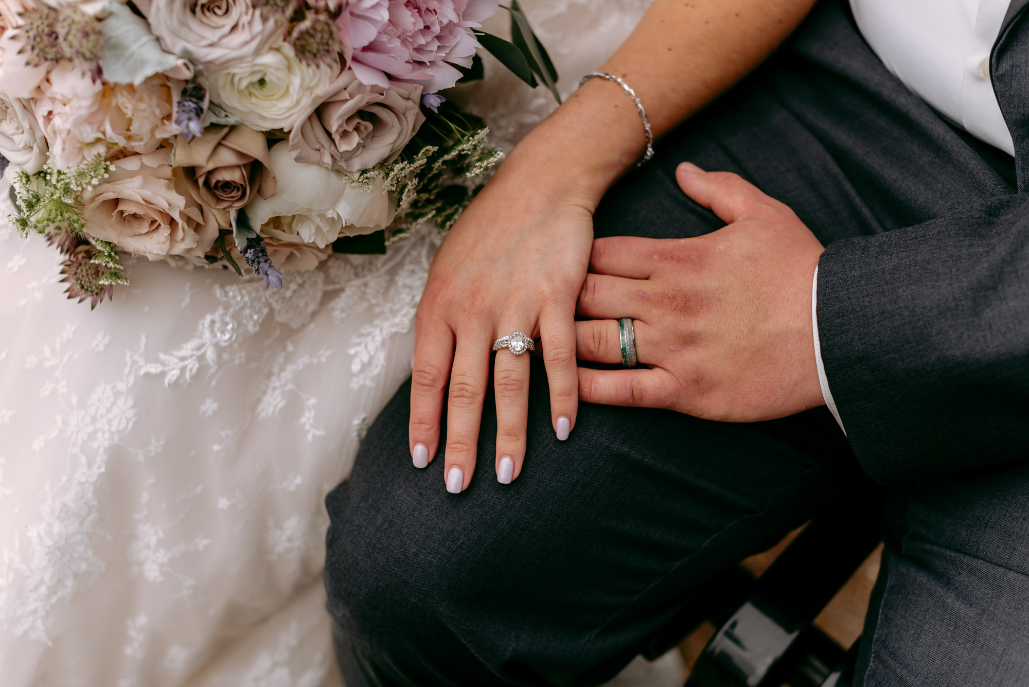 orchard-farms-pavillion-wedding-rockton-IL-wedding-photographers-187.jpg