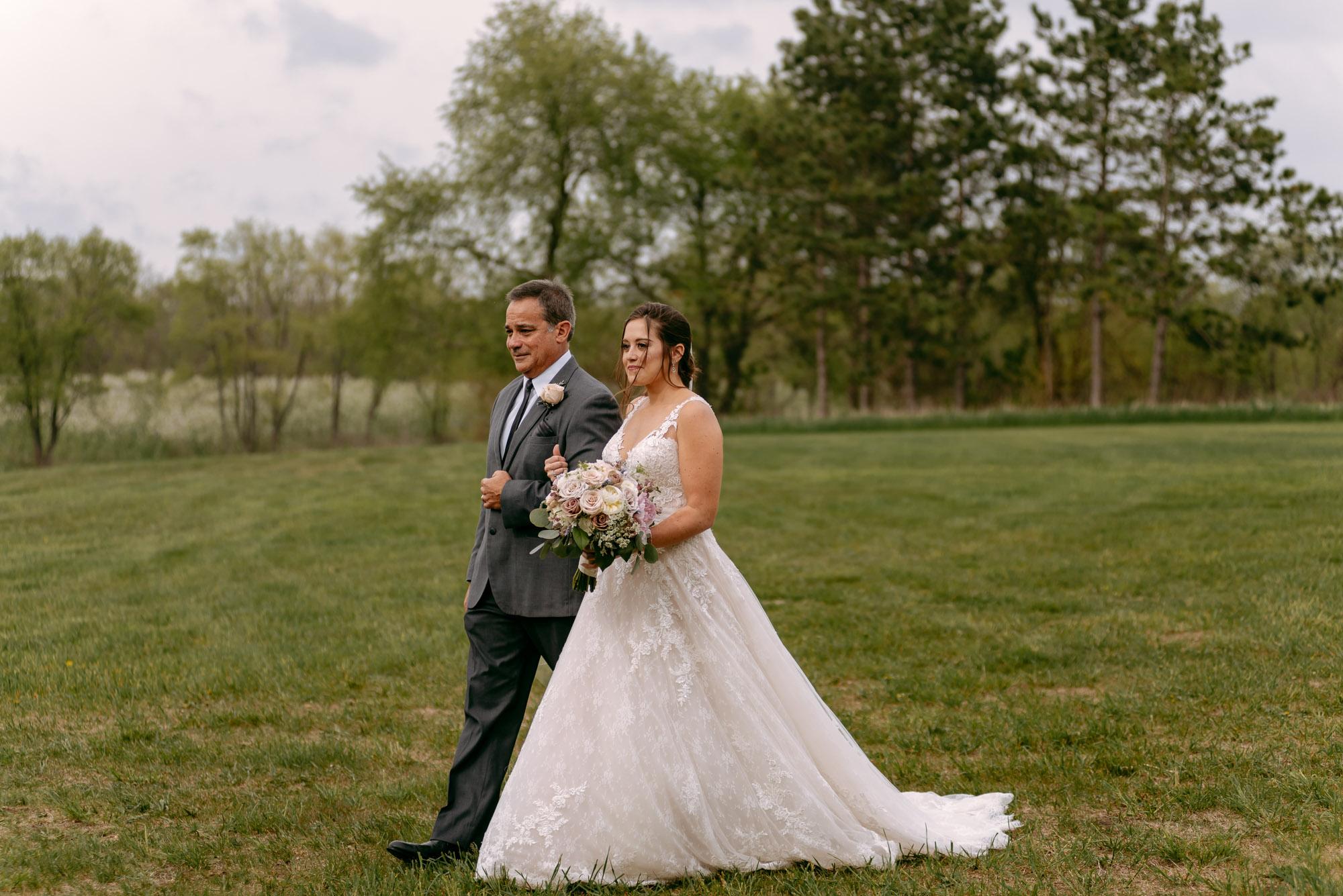 orchard-farms-pavillion-wedding-rockton-IL-wedding-photographers-262.jpg
