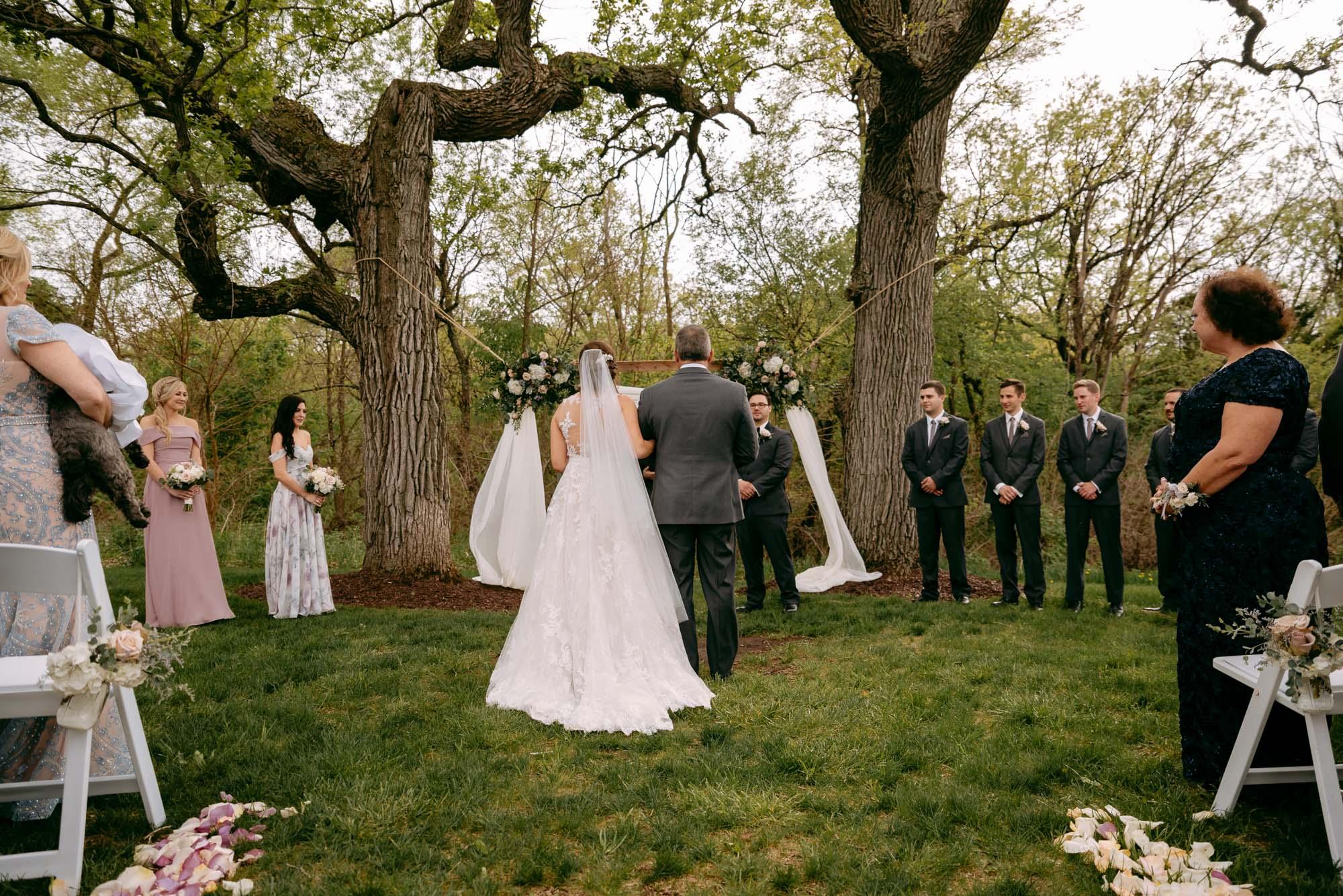 orchard-farms-pavillion-wedding-rockton-IL-wedding-photographers-267.jpg
