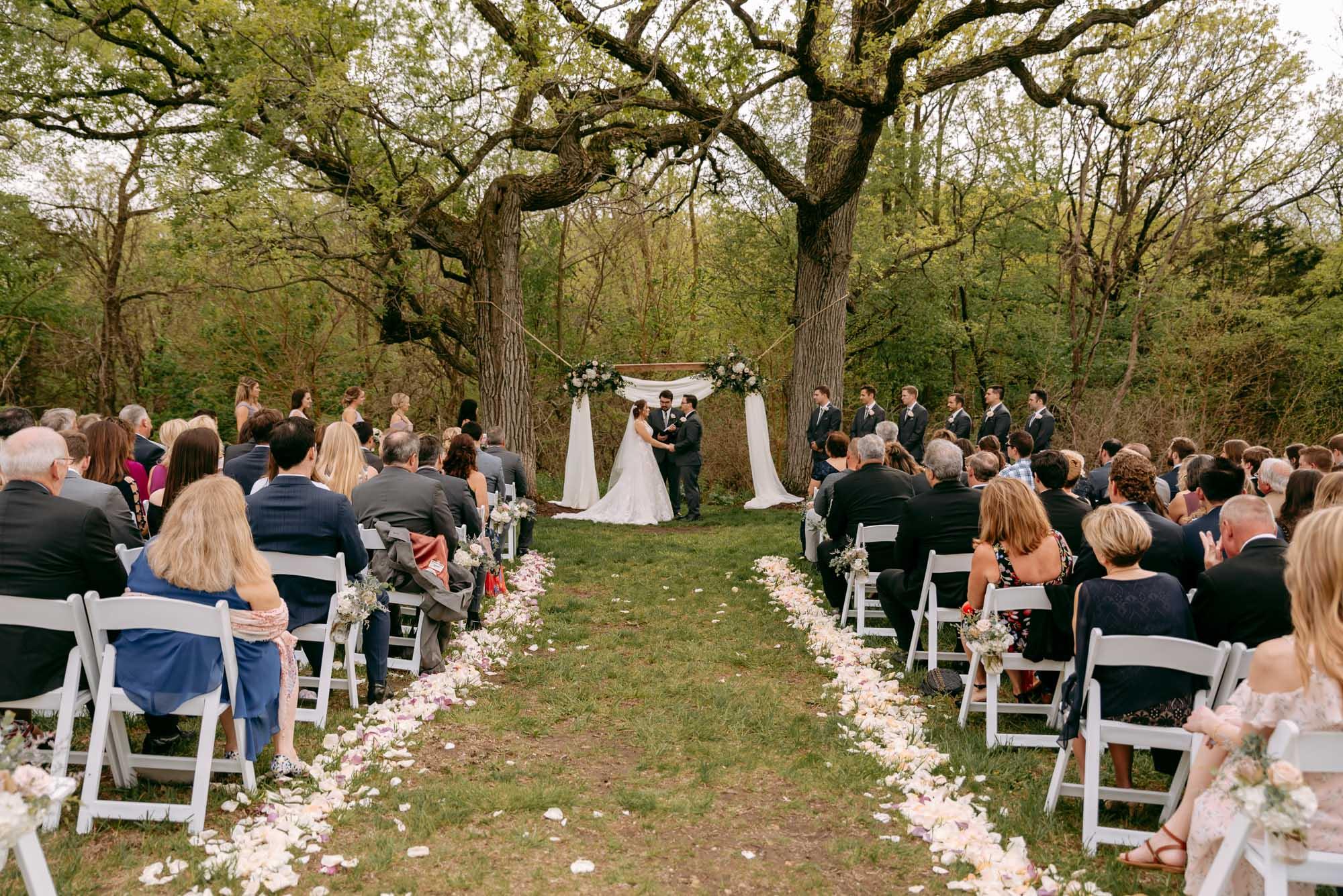 orchard-farms-pavillion-wedding-rockton-IL-wedding-photographers-270.jpg
