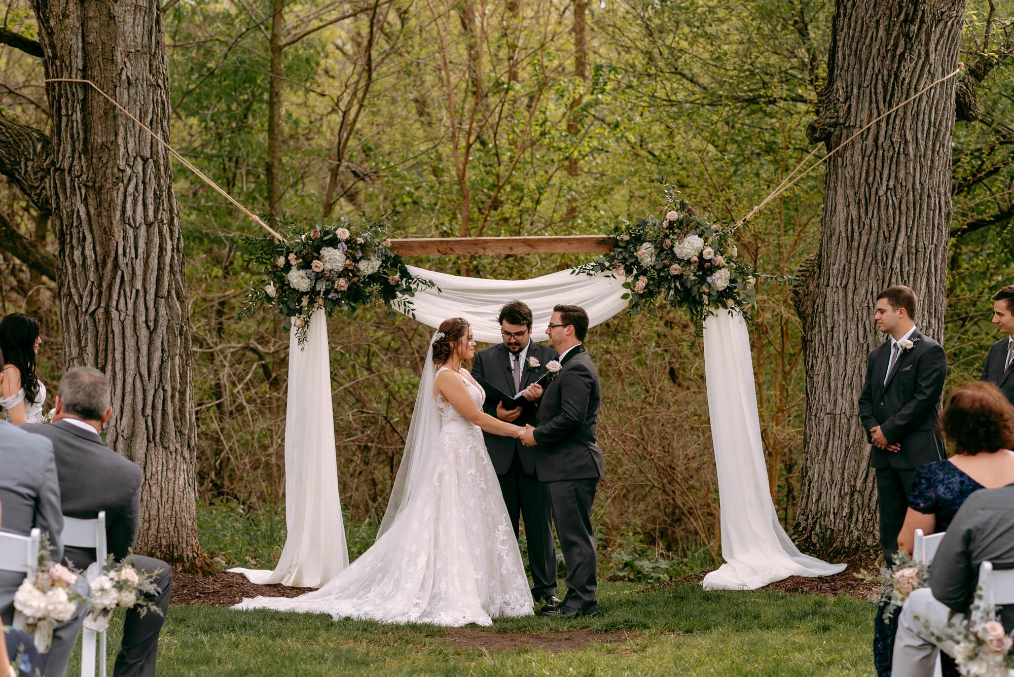orchard-farms-pavillion-wedding-rockton-IL-wedding-photographers-273.jpg