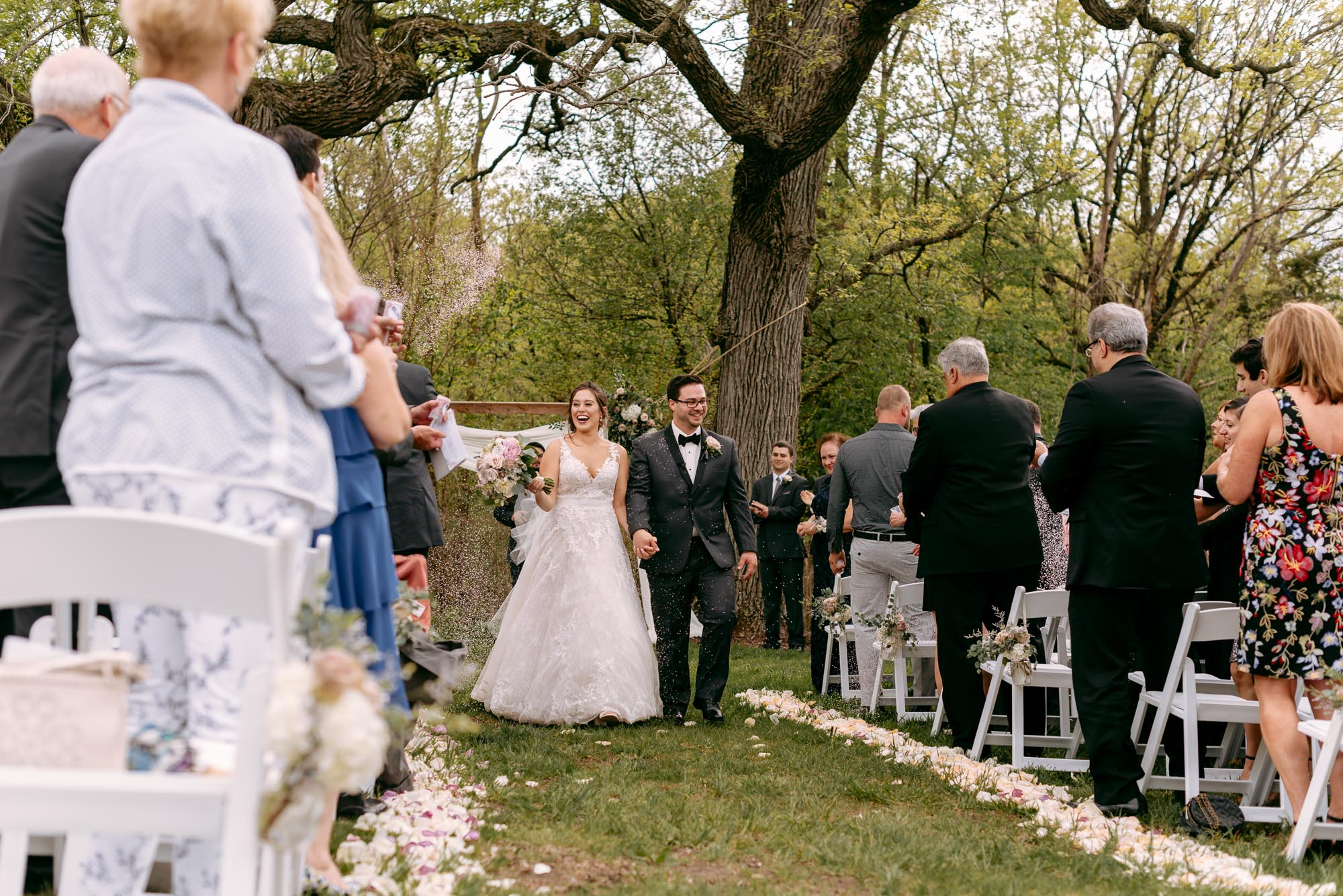 orchard-farms-pavillion-wedding-rockton-IL-wedding-photographers-287.jpg