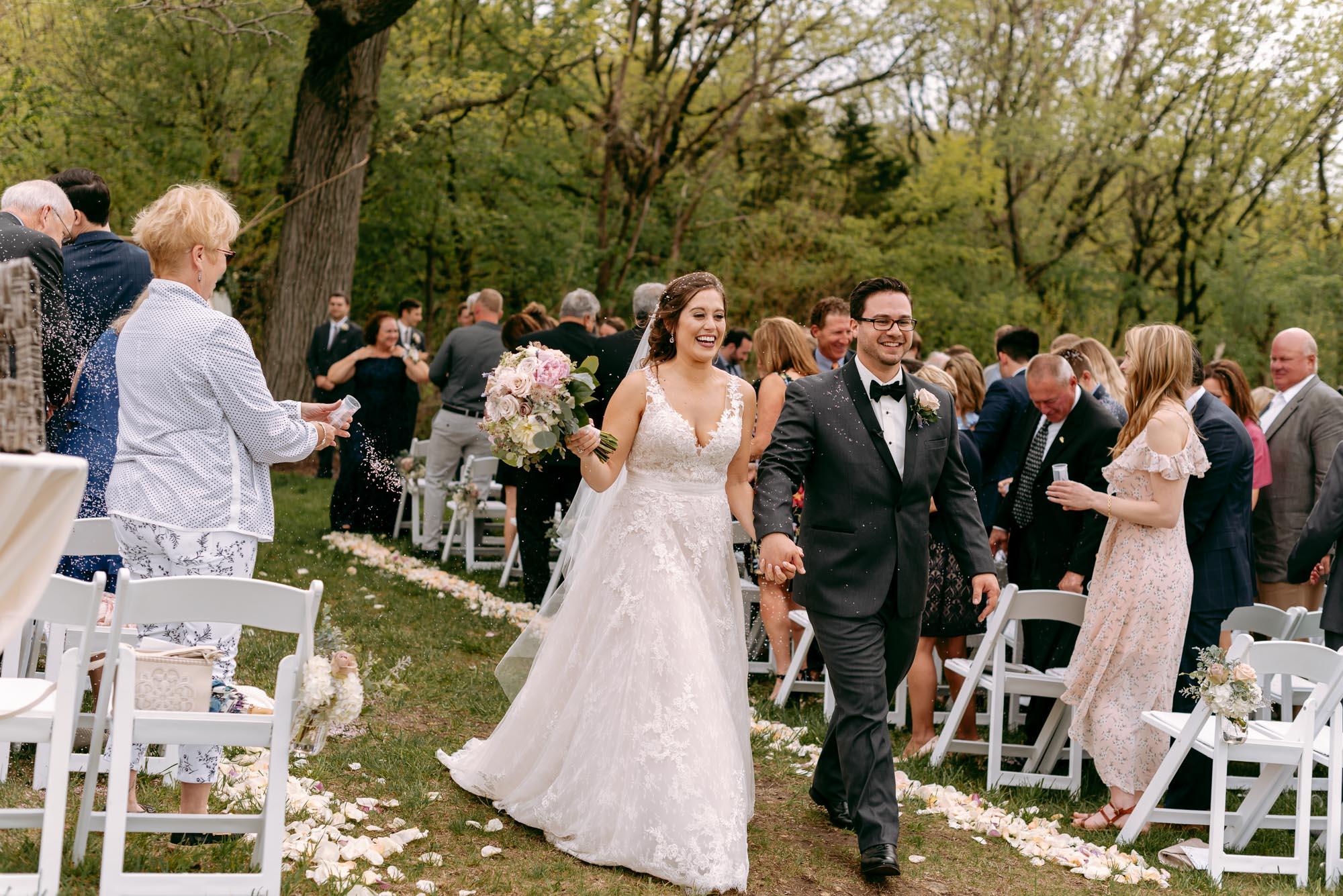 orchard-farms-pavillion-wedding-rockton-IL-wedding-photographers-290.jpg