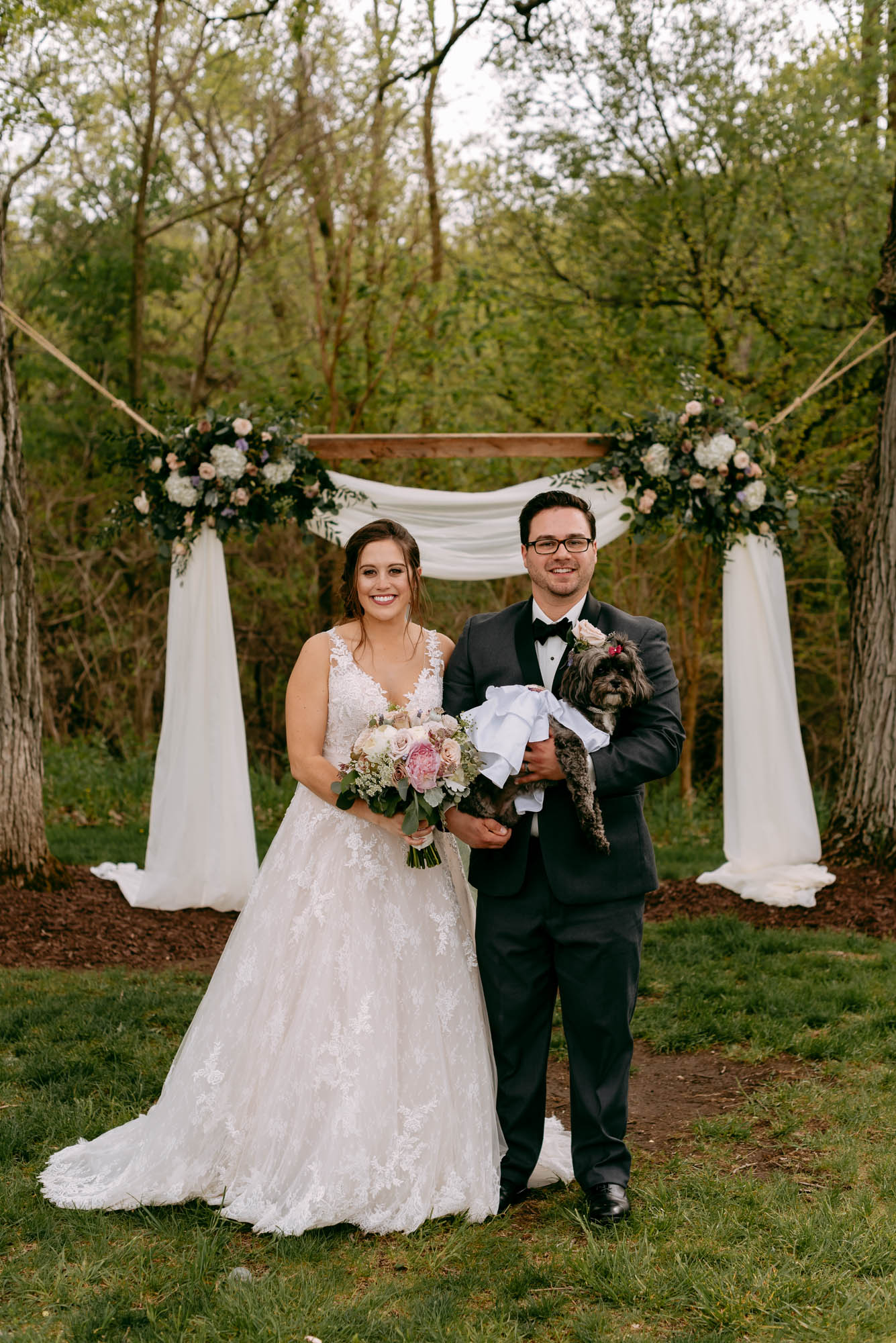 orchard-farms-pavillion-wedding-rockton-IL-wedding-photographers-305.jpg